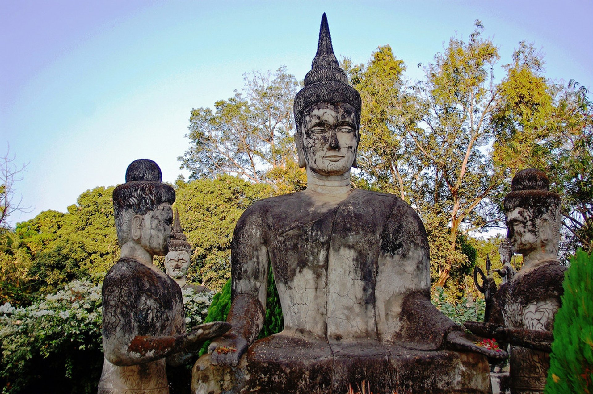 Best time to see Xieng Khuan or Buddha Park in Laos 2020