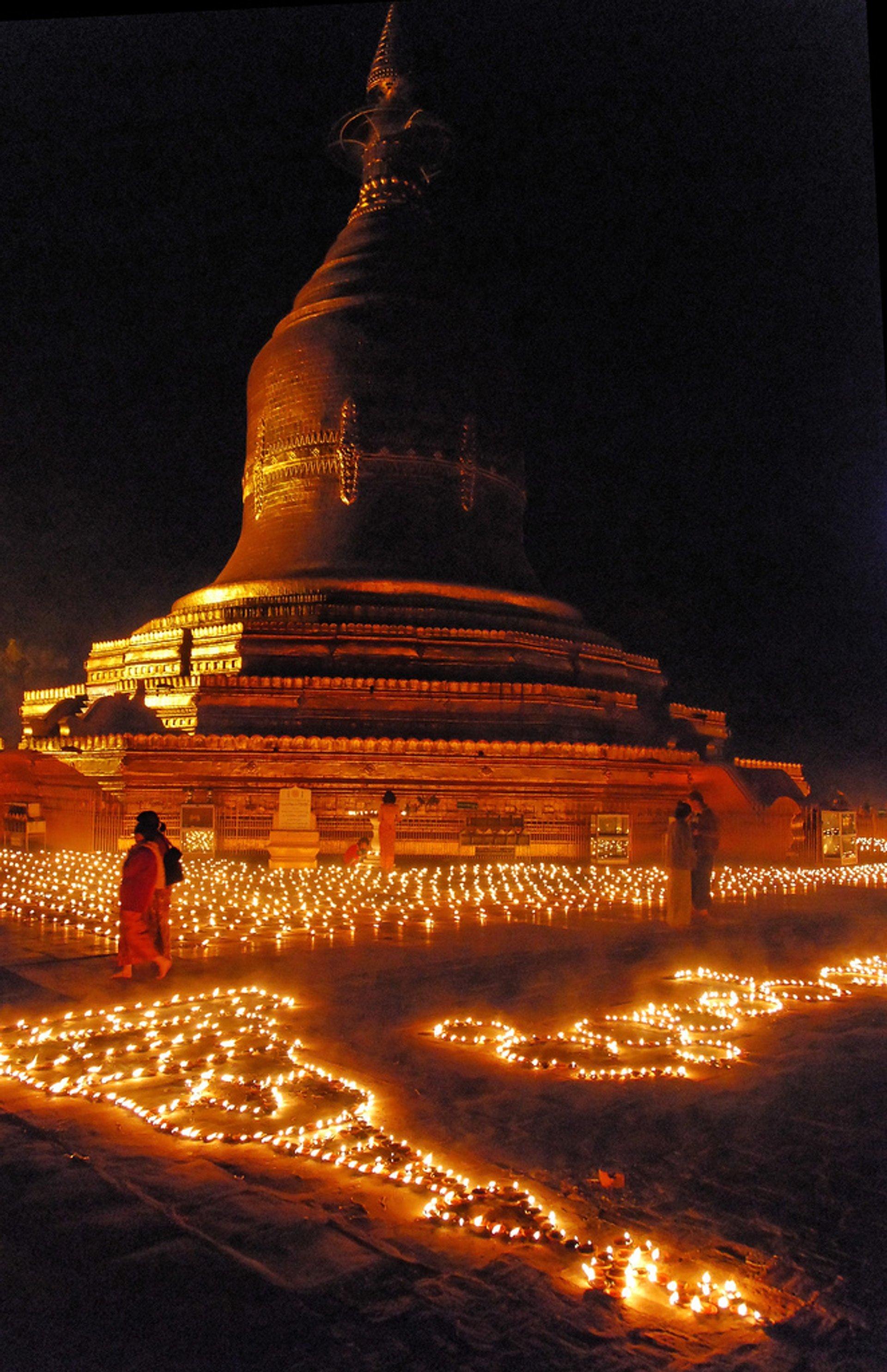 Thadingyut Festival of Lights in Myanmar - Best Season 2019