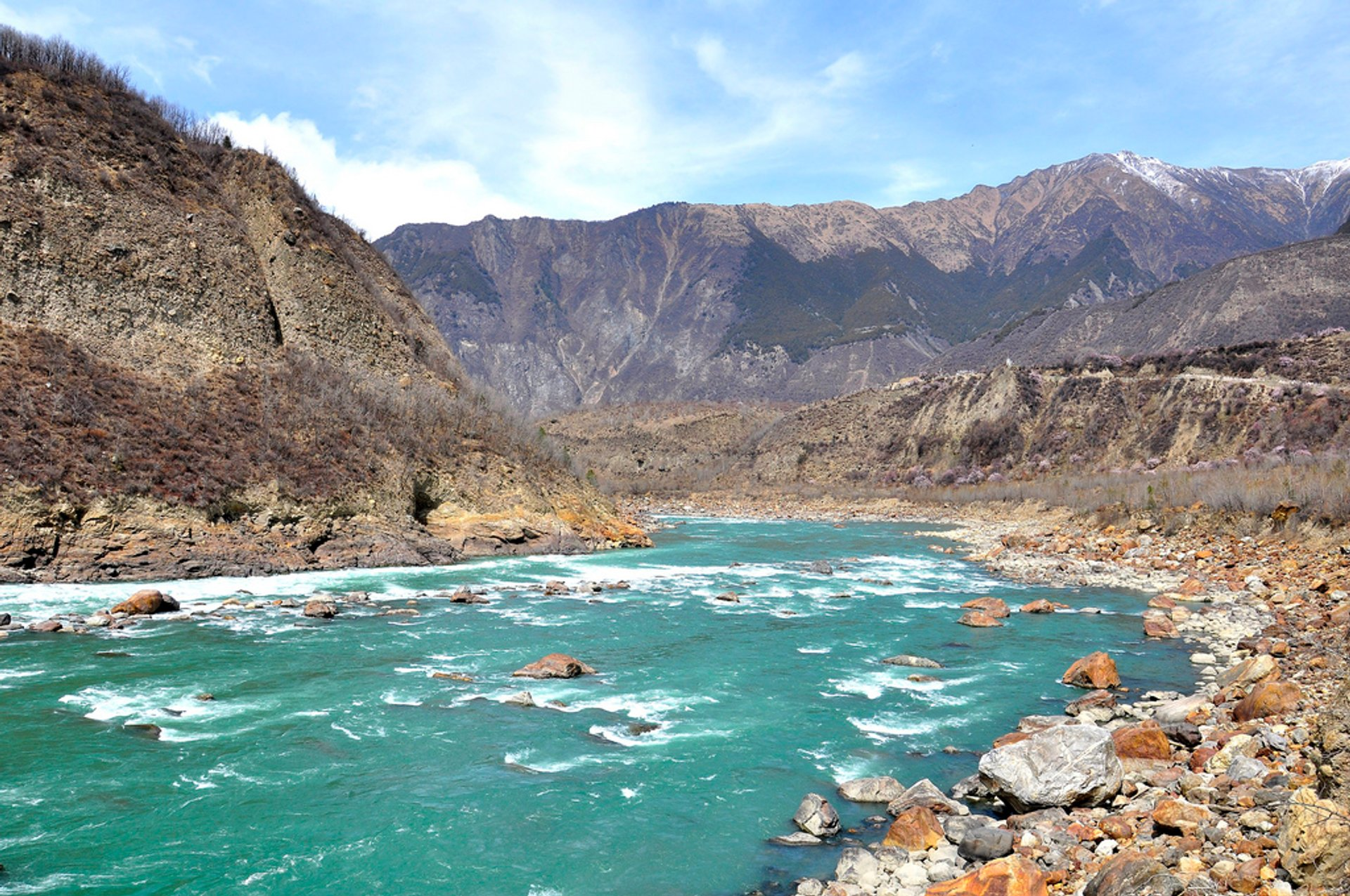 Yarlung Tsangpo Canyon in Tibet 2019 - Best Time
