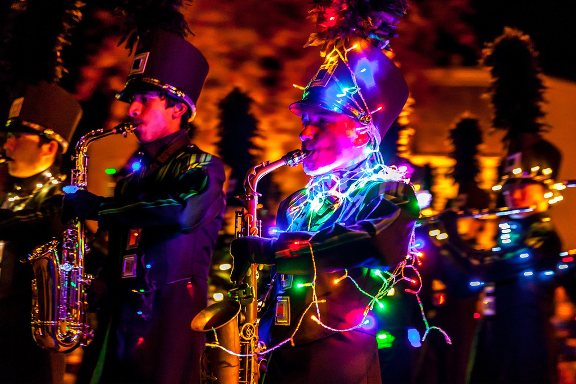 Best time for Los Altos Festival of Lights Parade in California 2020