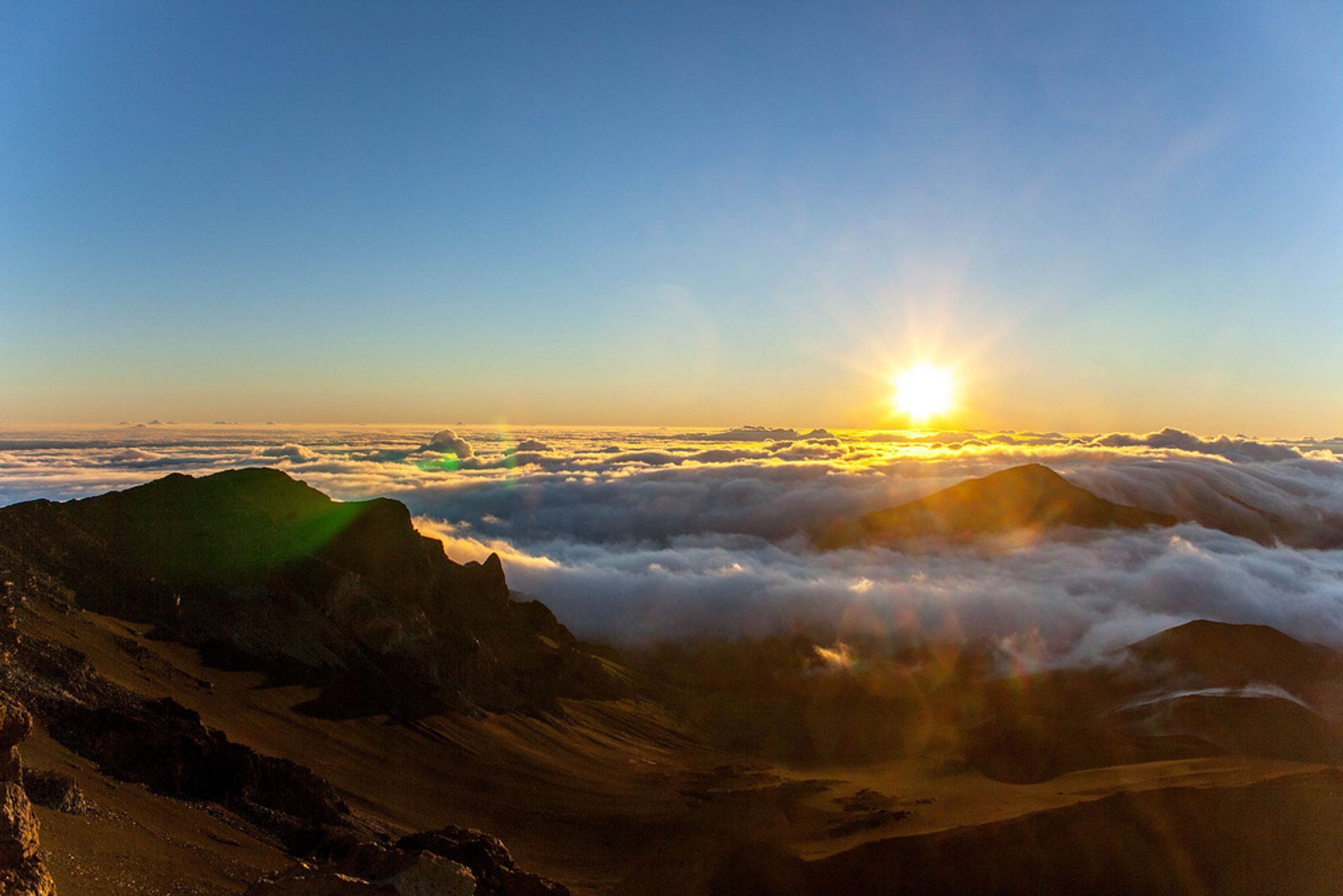 Haleakala Sunrise and Sunset in Hawaii - Best Season
