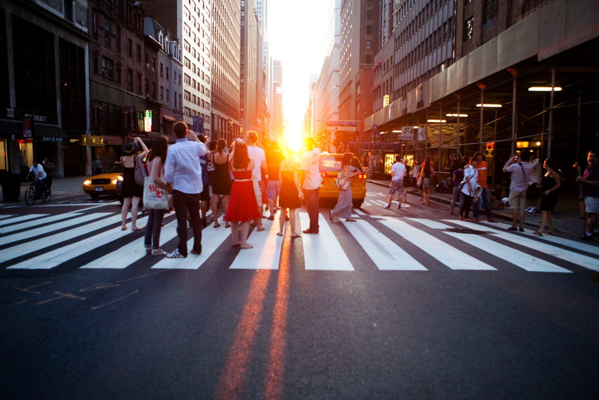 Best time for Manhattanhenge in New York 2020