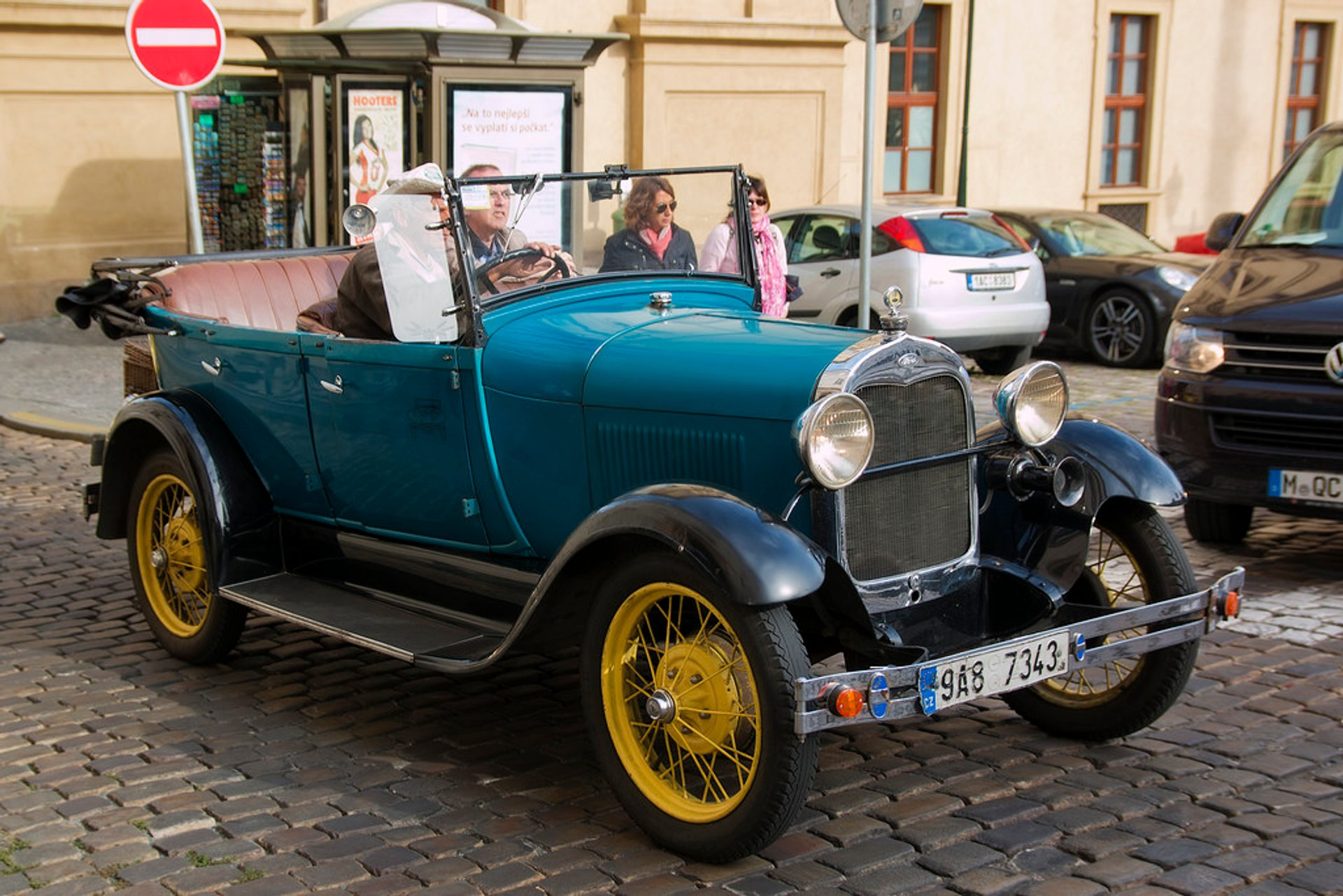 Vintage Cabrio Tour in Prague 2019 - Best Time