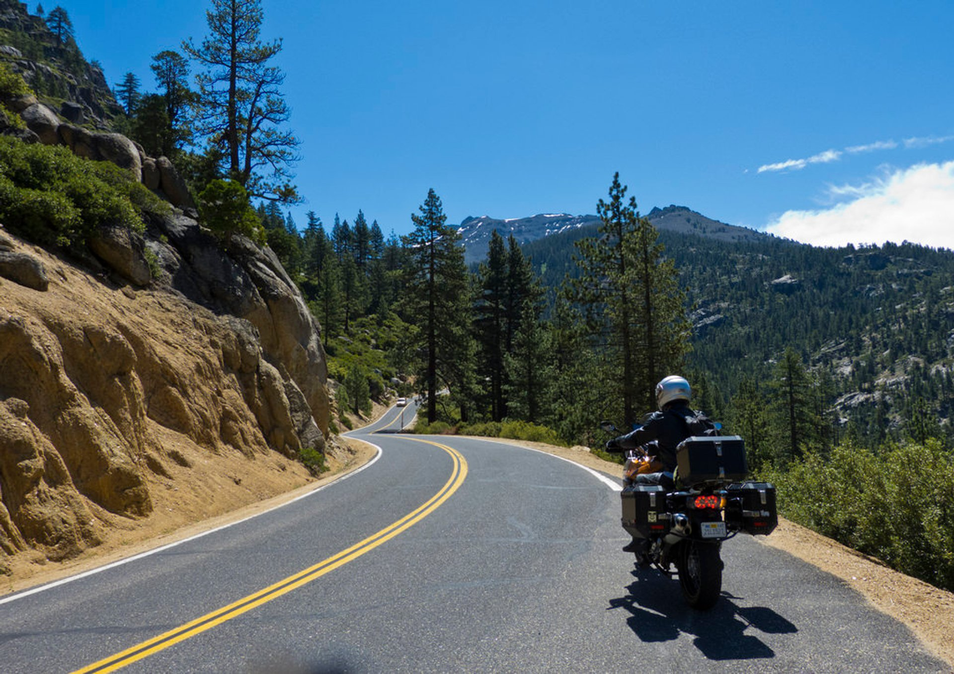 Sonora Pass in California - Best Season 2020