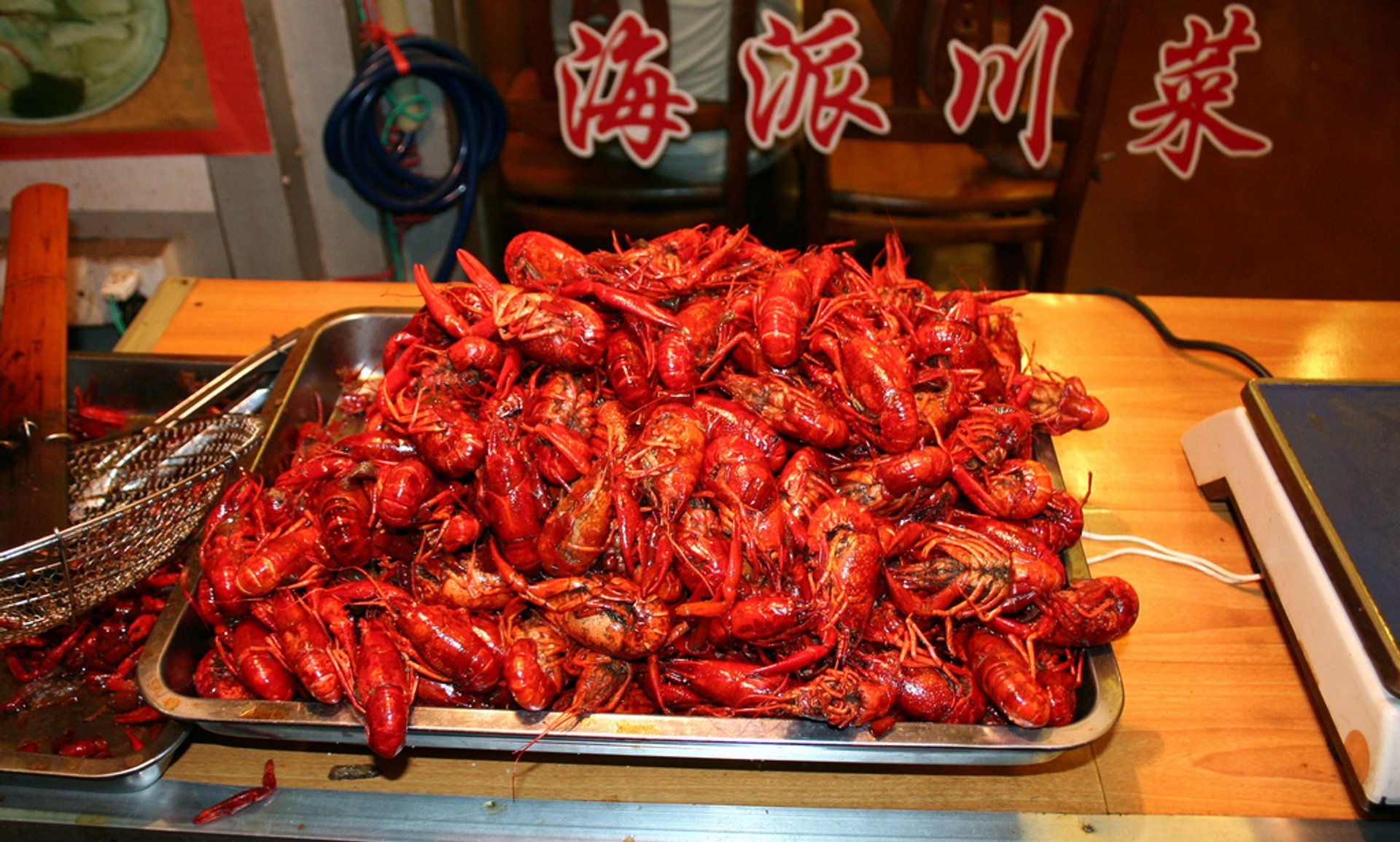 Crayfish or Xiaolongxia in Shanghai - Best Season 2020