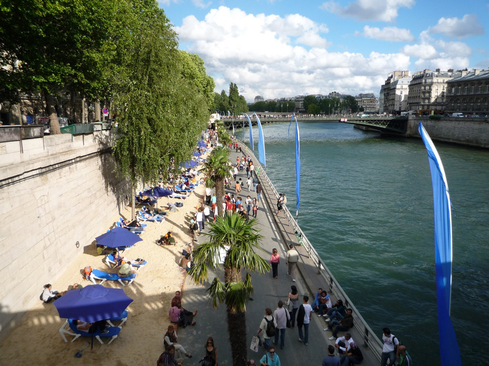 Best time for Beaches on the Seine or Paris Plages 2020