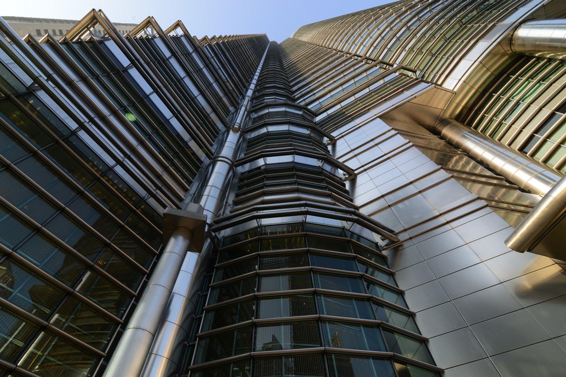 Best time for Petronas Twin Towers in Kuala Lumpur 2019