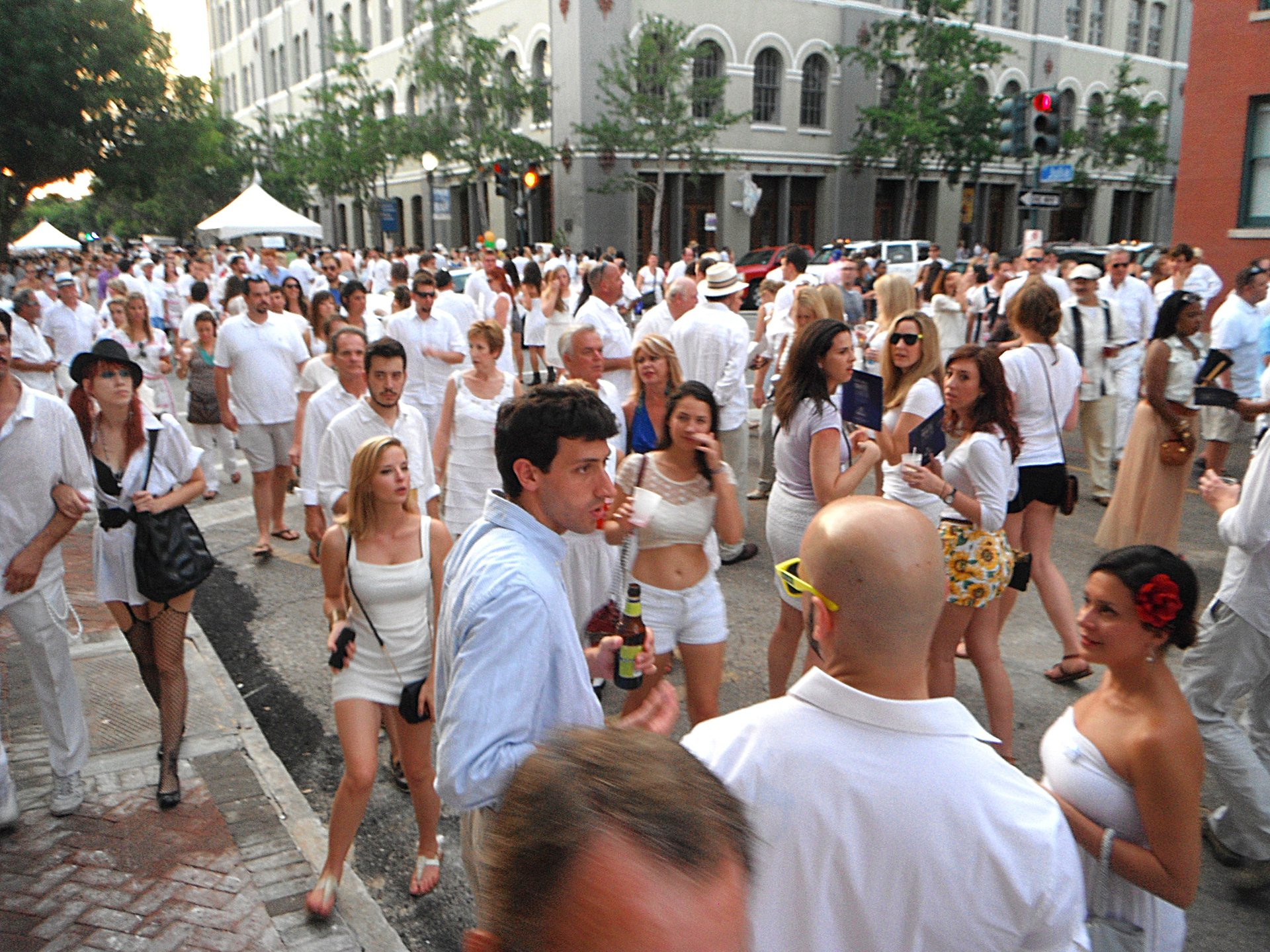 White Linen Night in New Orleans 2020 - Best Time