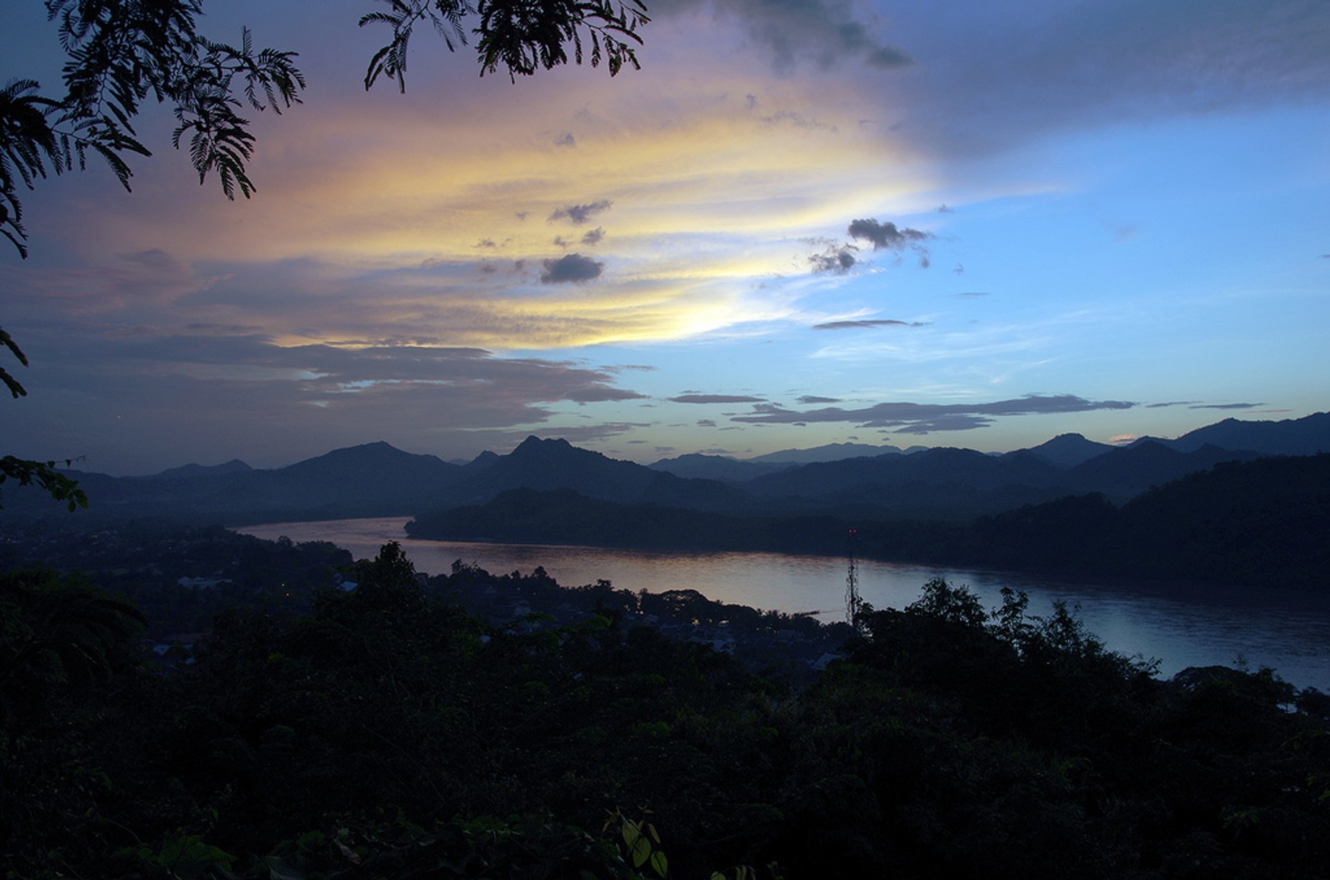 Sunset at Mount Phou Si in Laos - Best Season 2019