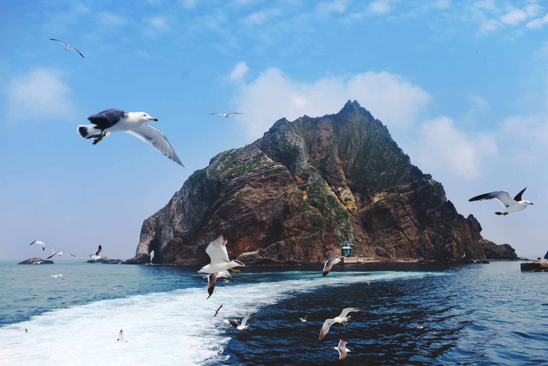 Best time for Liancourt Rocks (Dokdo) in South Korea 2020