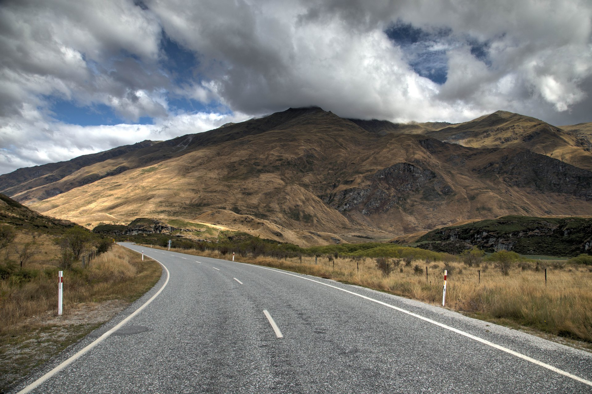 Best time for Crown Range Road in New Zealand 2019