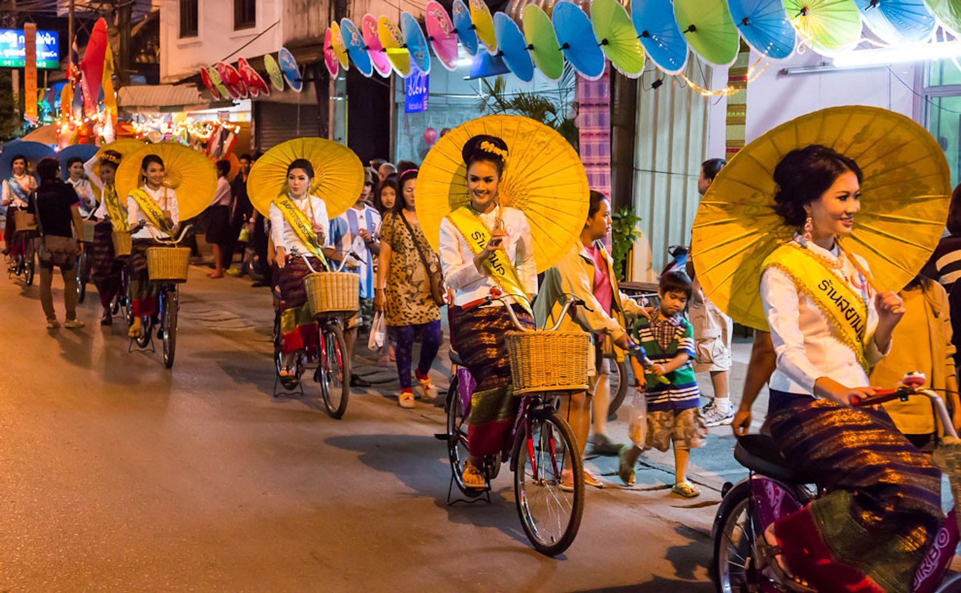 Best time for Bo Sang Umbrella Festival in Thailand 2020