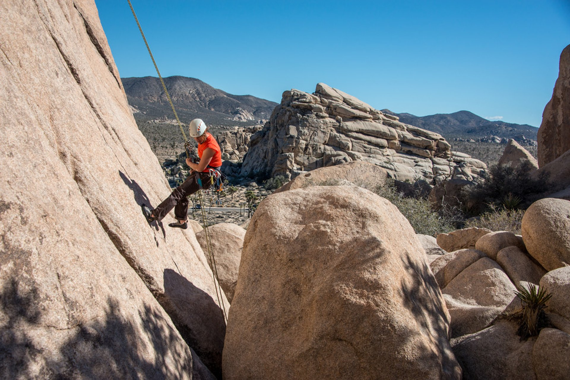 Joshua Tree Rock Climbing in Los Angeles 2020 - Best Time