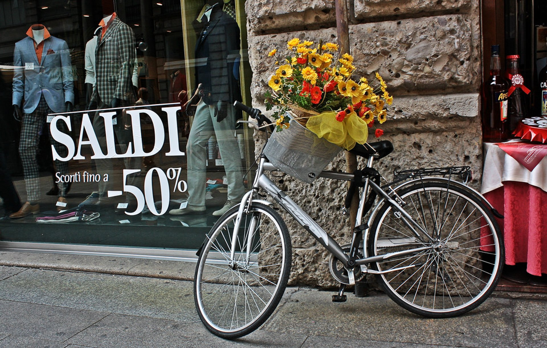 Winter & Summer Sales (Saldi) in Milan - Best Season 2020