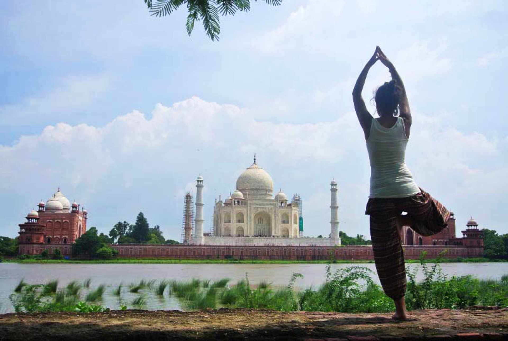 Best time for Yoga Classes Facing Taj Mahal in Taj Mahal and Agra  2020