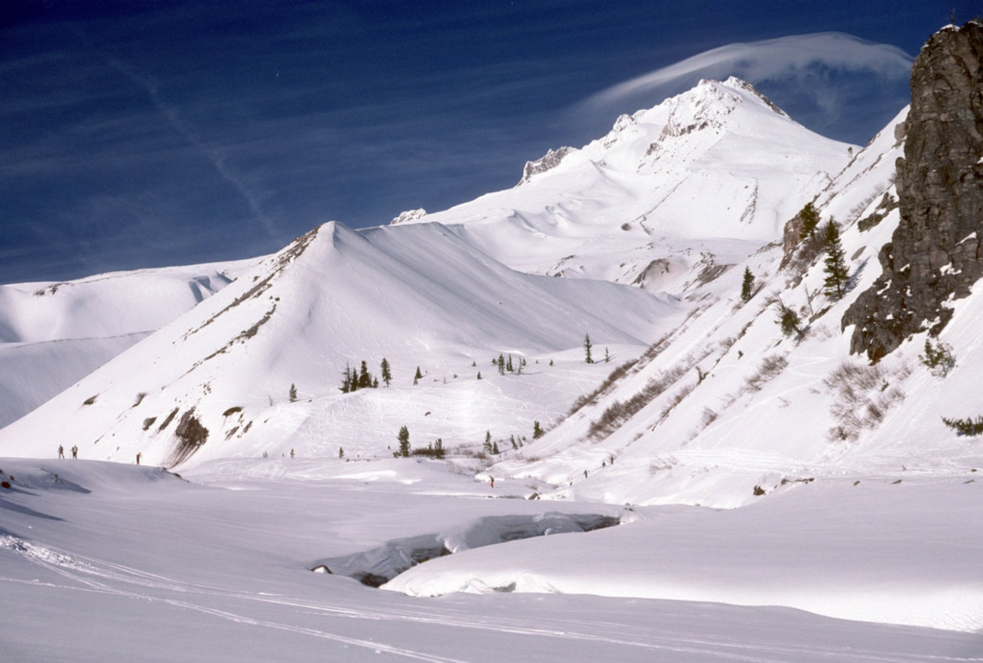 White River and Mt Hood in winter, Mt Hood National Forest 2020