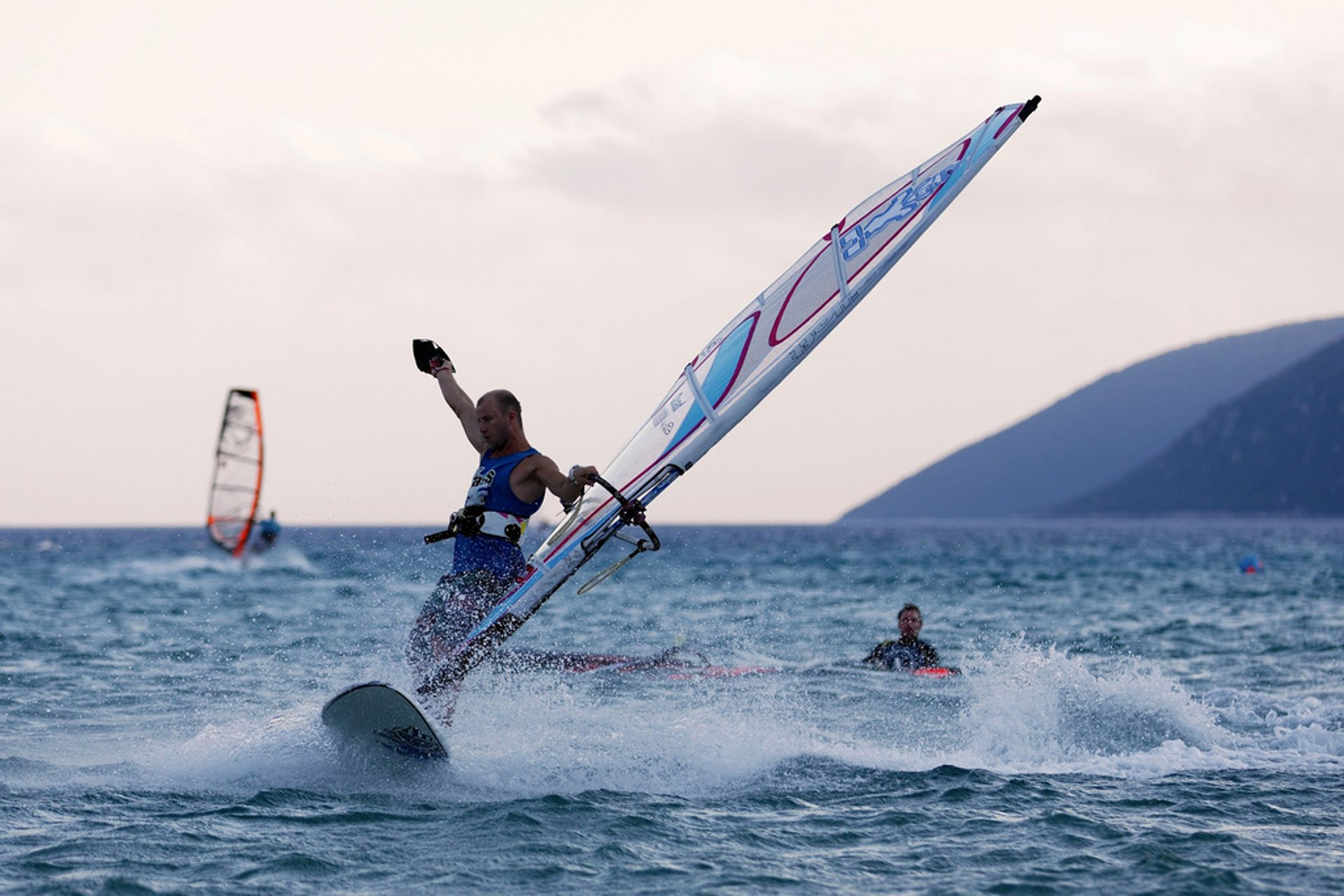 Windsurfing & Kitesurfing in Greece 2020 - Best Time