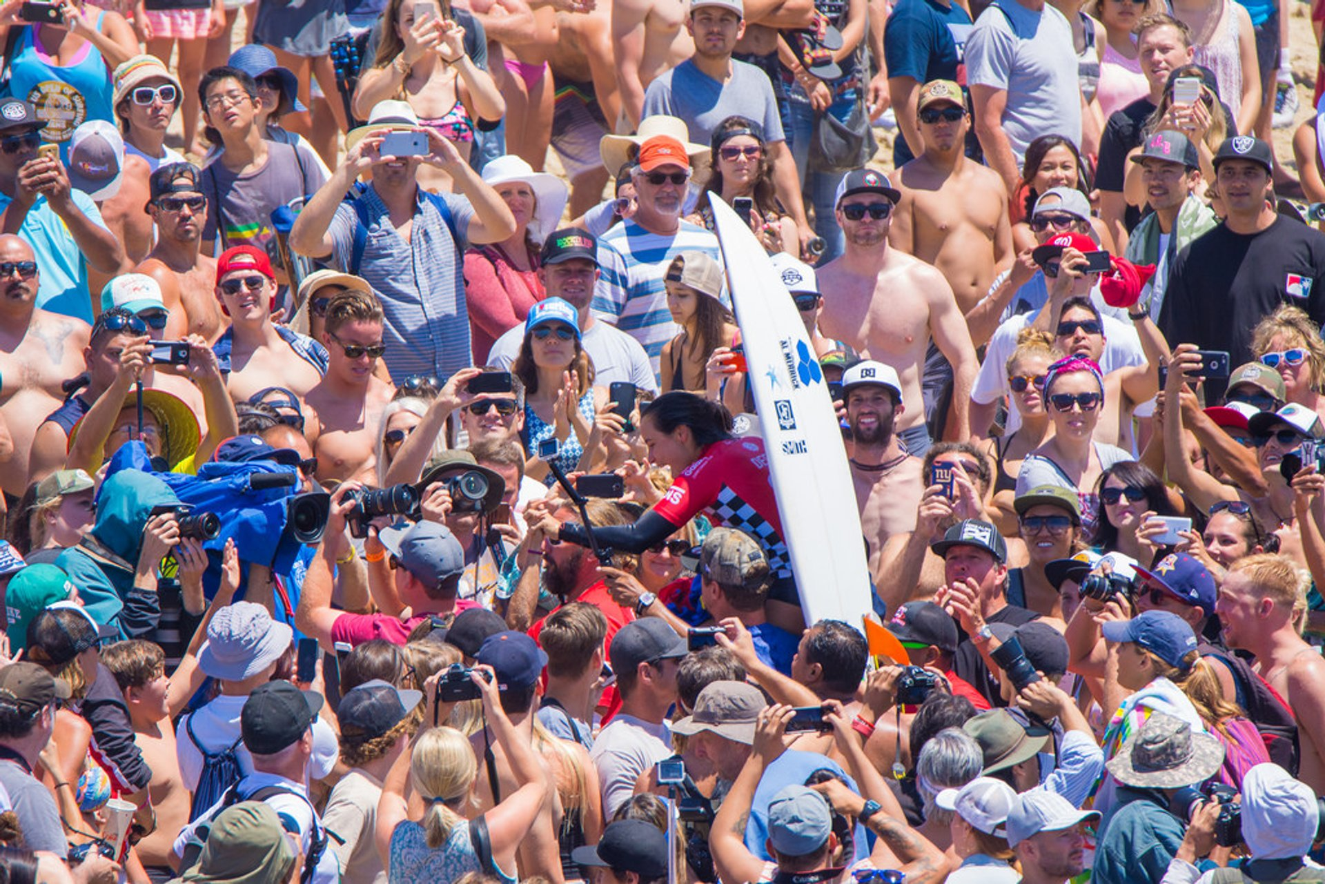 Best time to see Vans US Open of Surfing in California