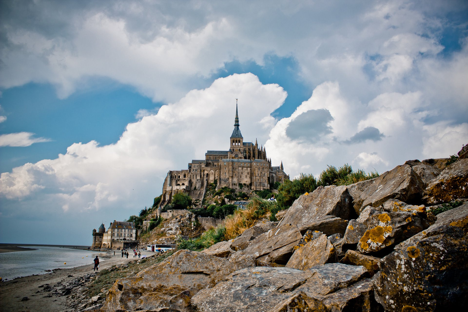 Mont Saint Michel Tide in Normandy 2020 - Best Time