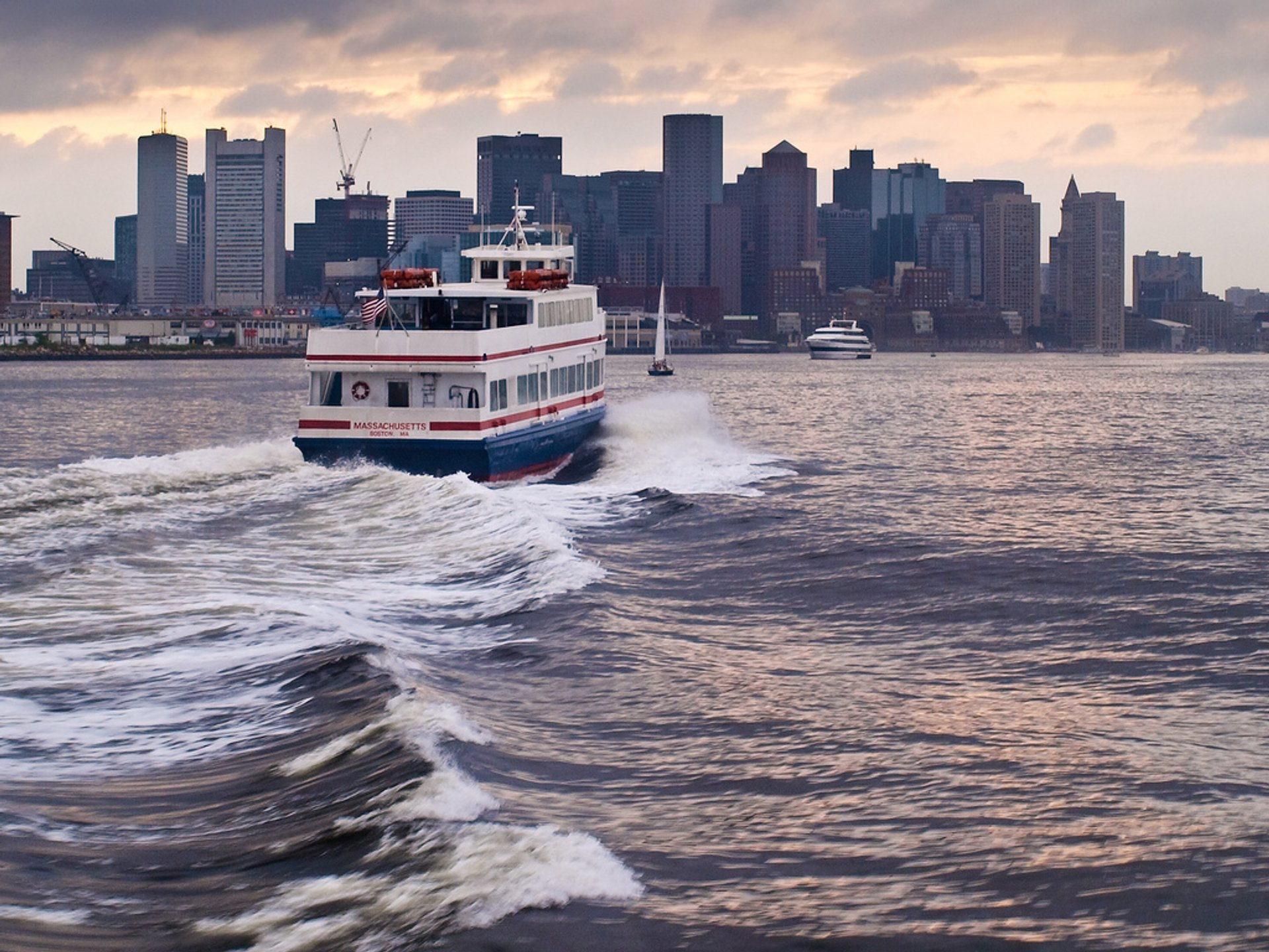 Boston Harbor Cruises in Boston - Best Time