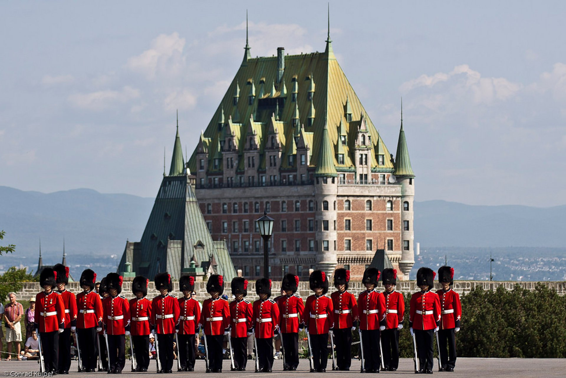 Changing of the Guard in Quebec 2020 - Best Time