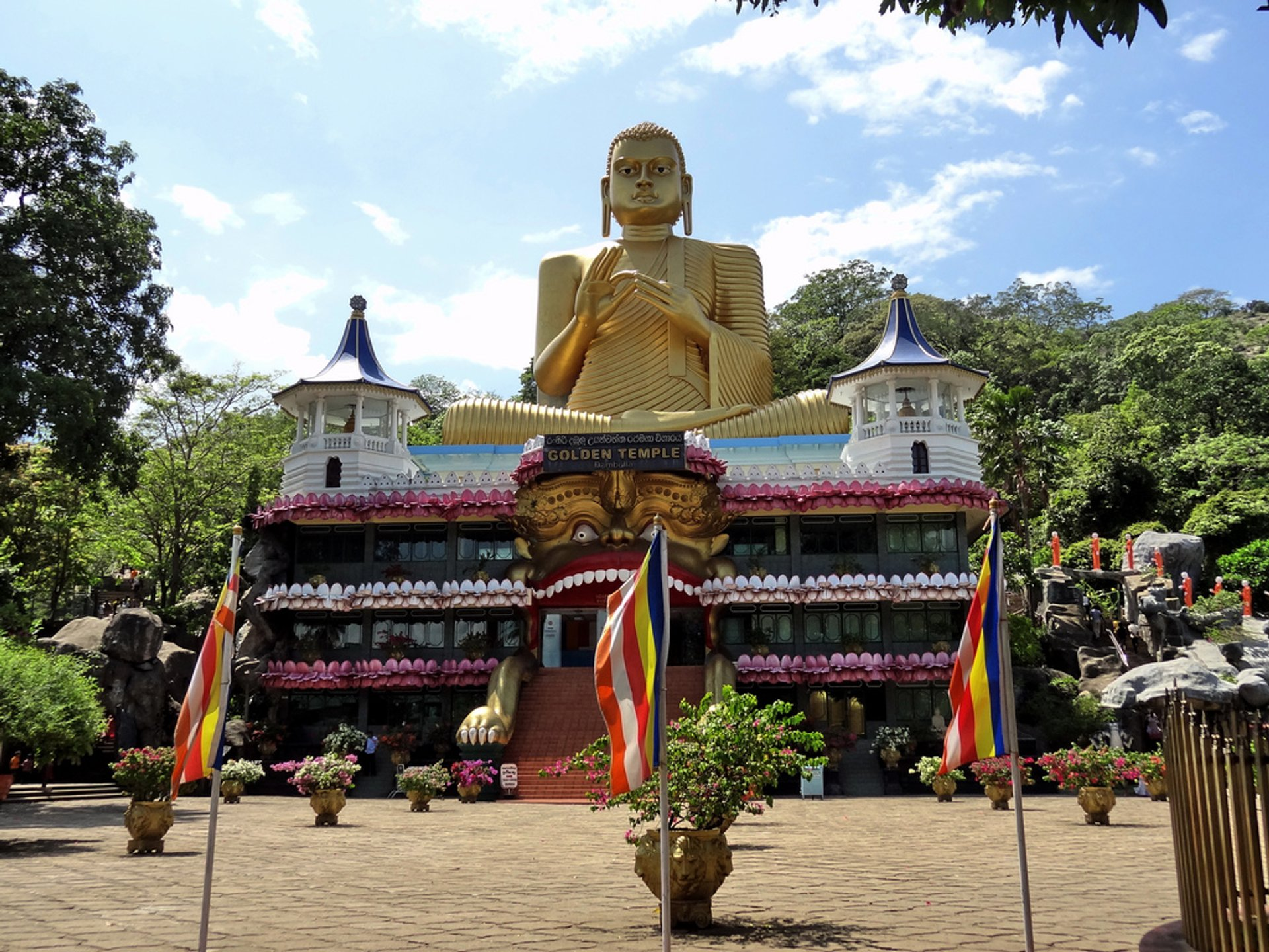 Dambulla Cave Temple in Sri Lanka 2020 - Best Time