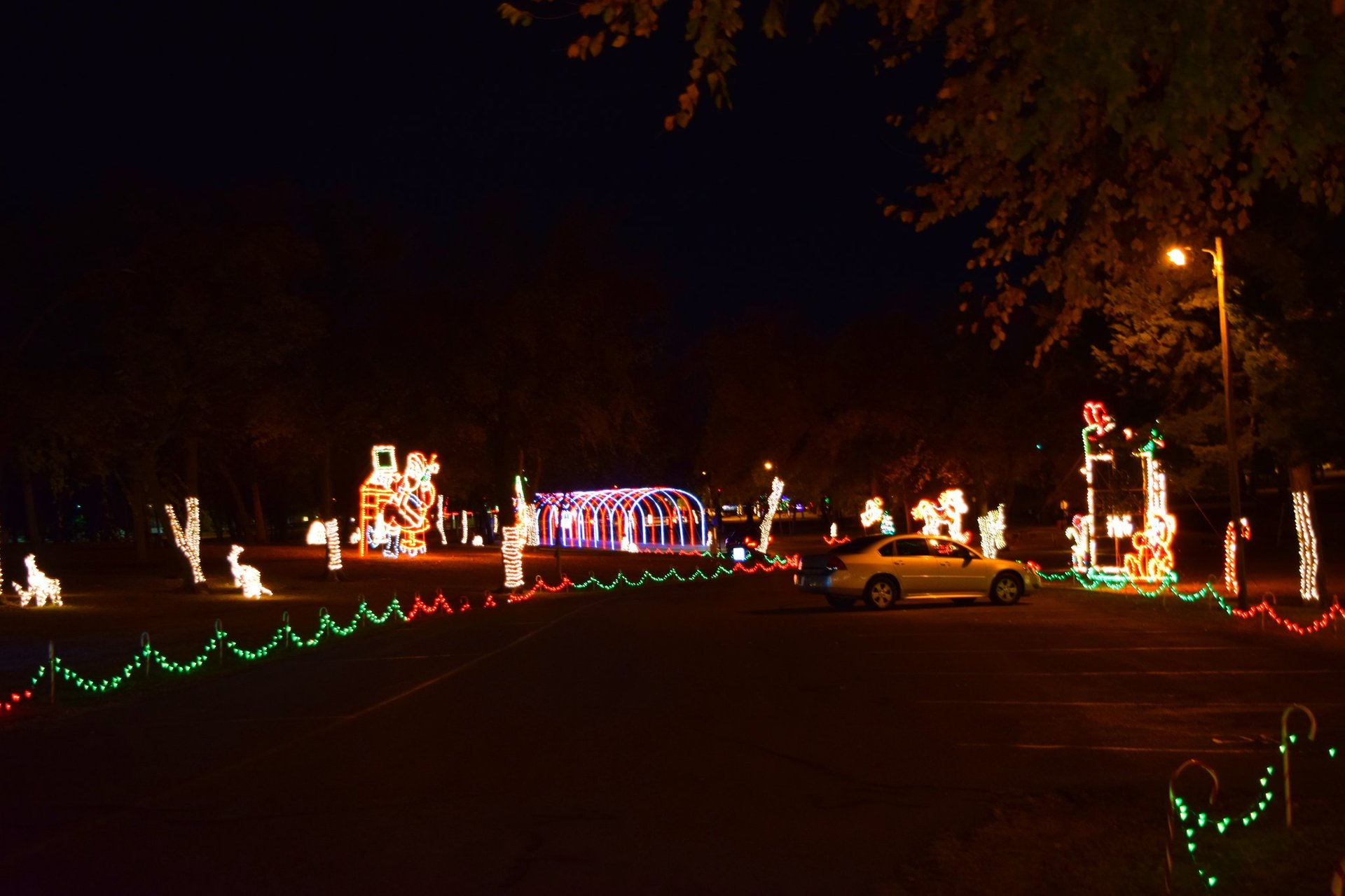 Midwest City Christmas Lights 2020 Christmas Lights 2020 2021 in Oklahoma   Dates & Map
