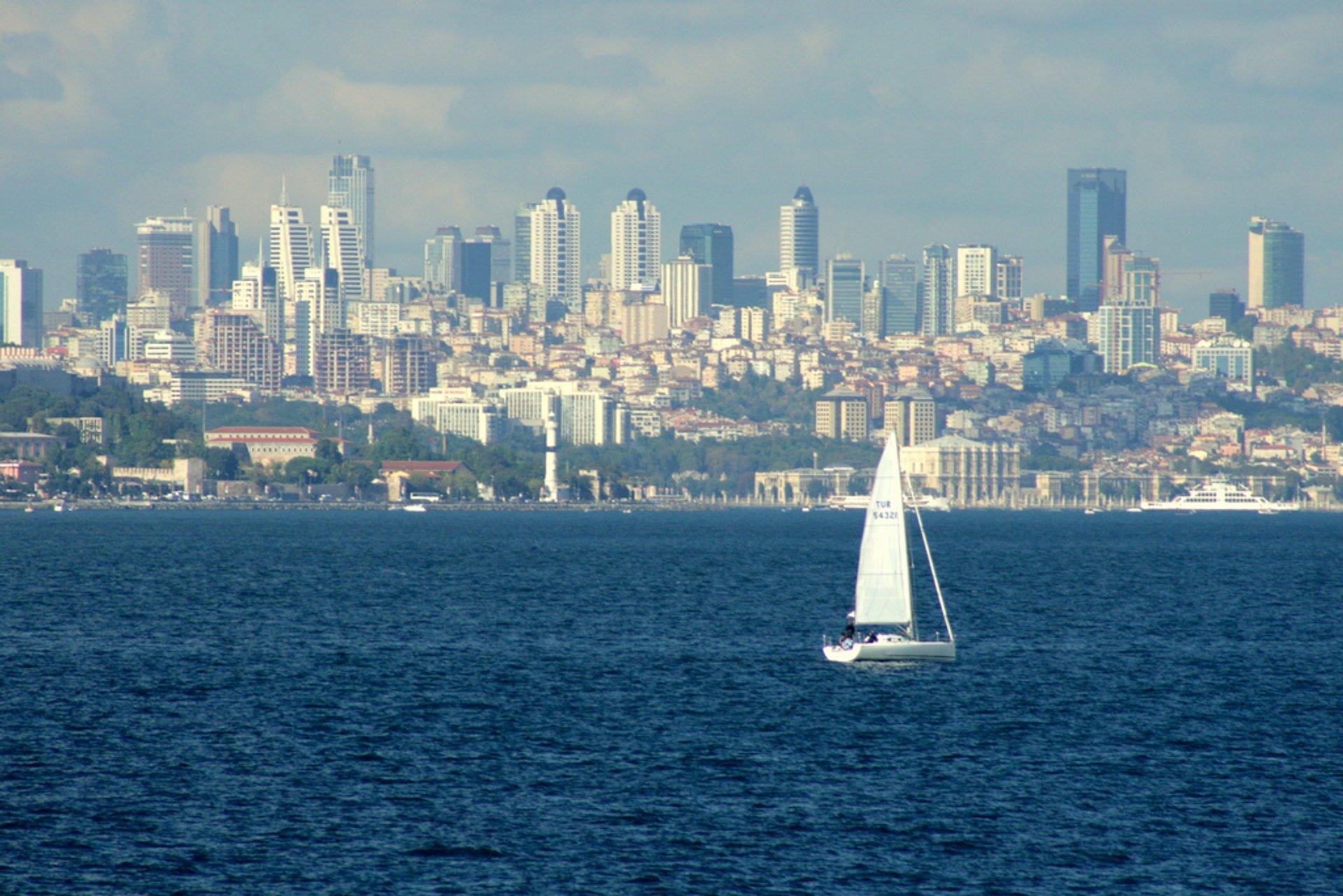 Sailing in Istanbul - Best Season 2020
