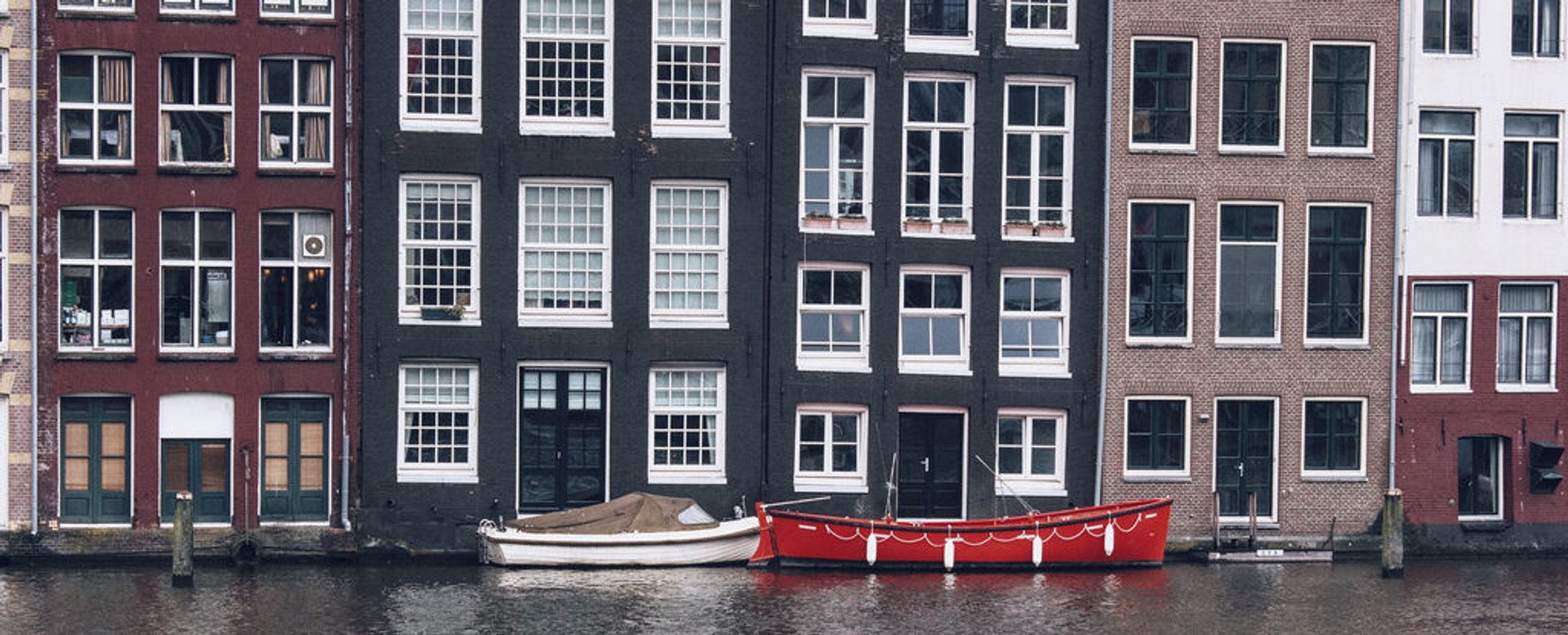 Canal Cruising in Amsterdam - Best Season 2020