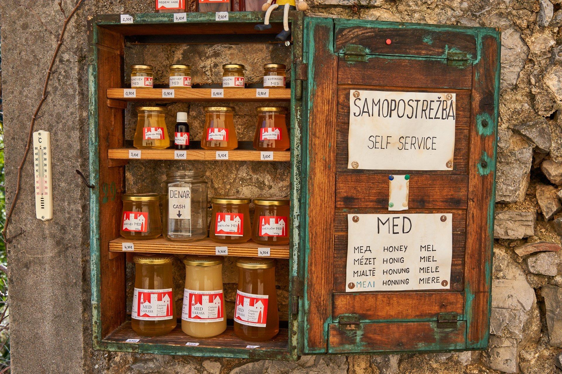 Honey in Slovenia 2020 - Best Time