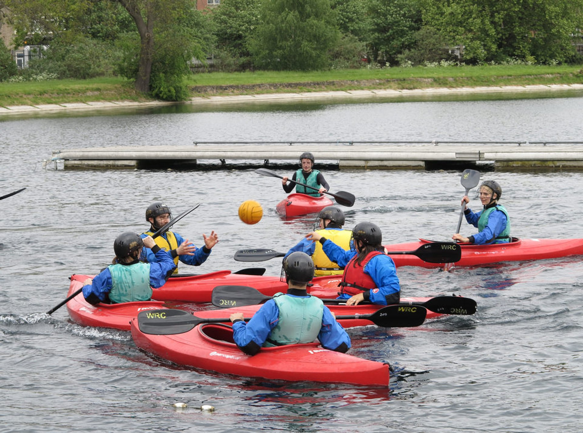 Watersports at West Reservoir Centre in London - Best Season 2020
