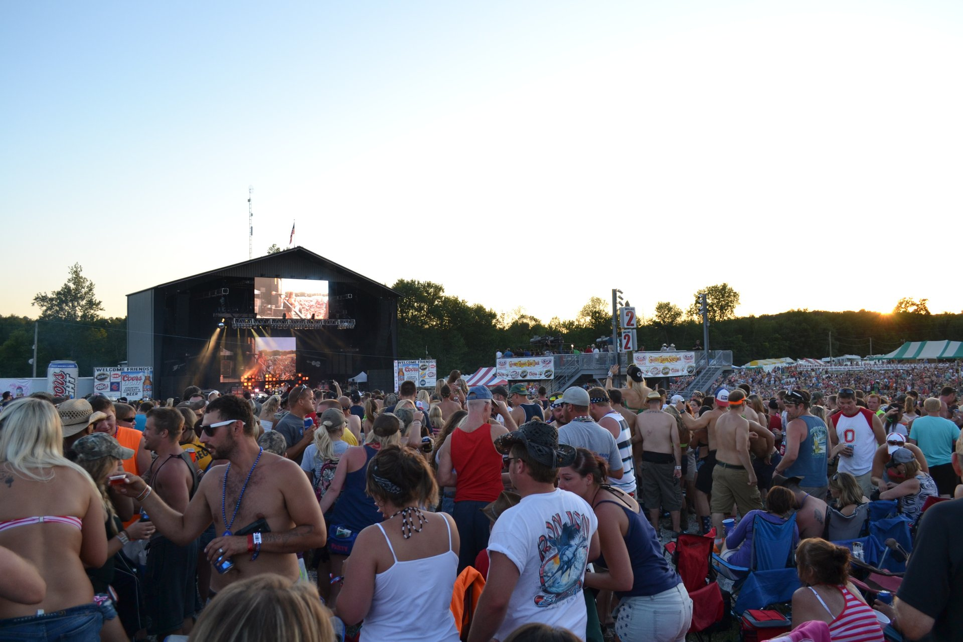 Country Concert in Midwest 2020 - Best Time