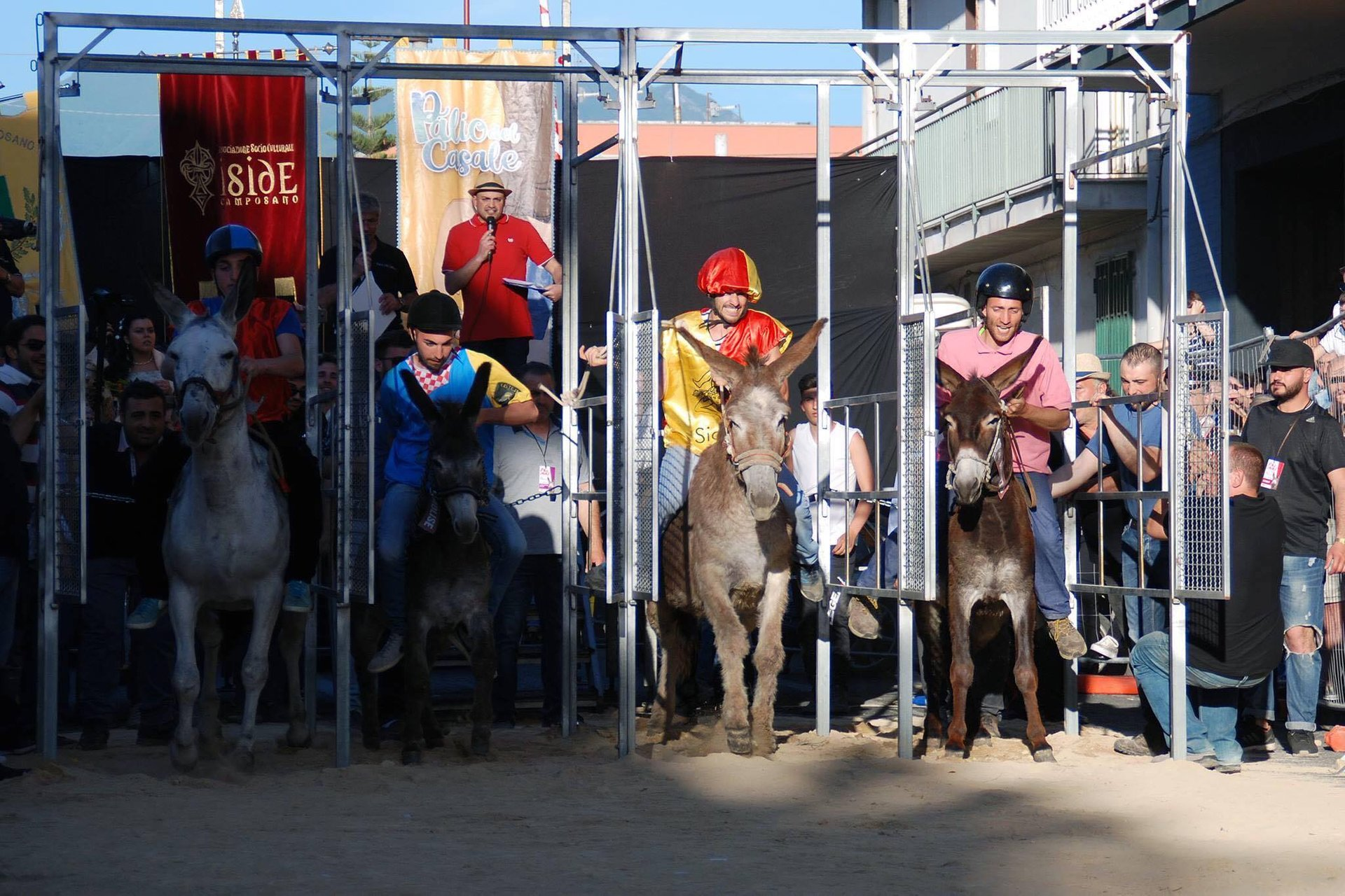 Best time for Palio del Casale in Naples and Pompeii 2019