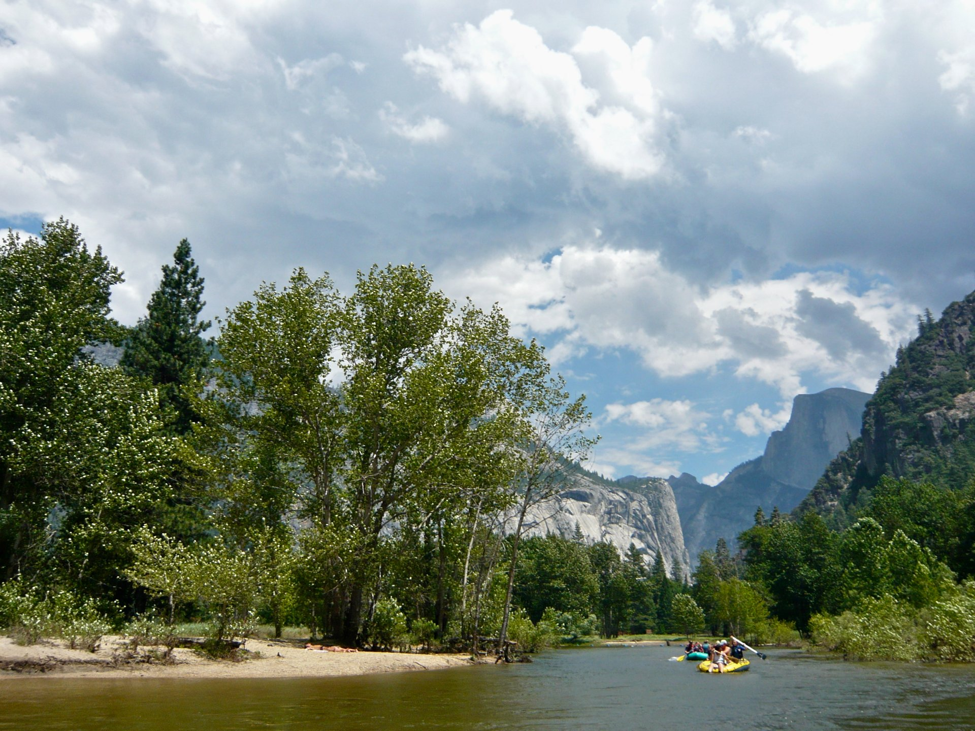 Kayaking and Canoeing the Merced River in Yosemite 2019 - Best Time