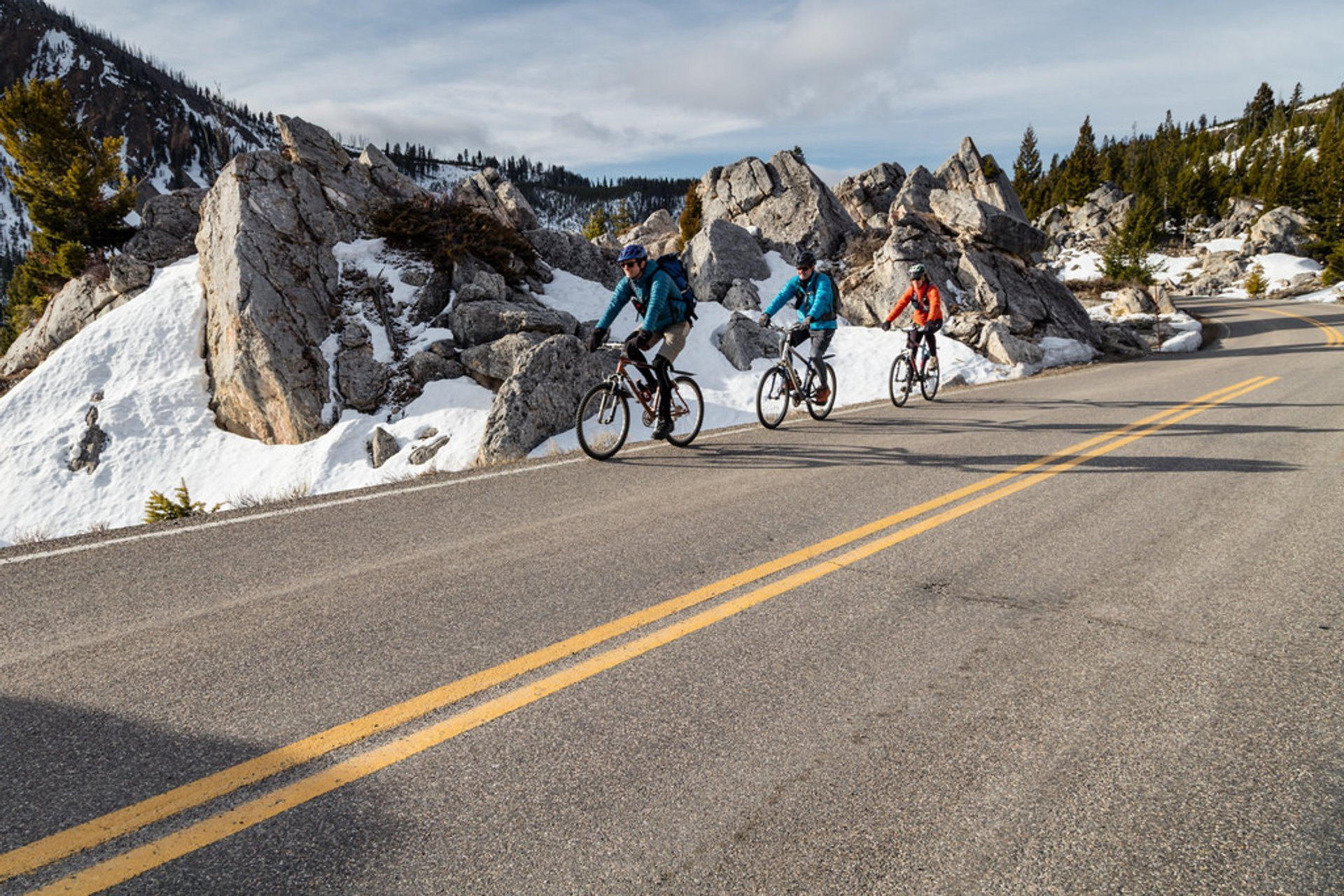 Spring biking with bear spray in The Hoodoos 2020