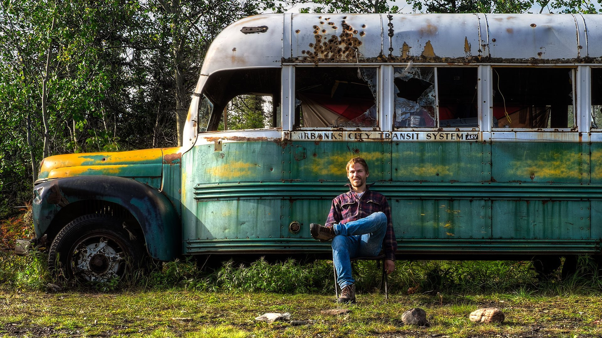 Stampede Trail and Bus 142 in Alaska 2019 - Best Time