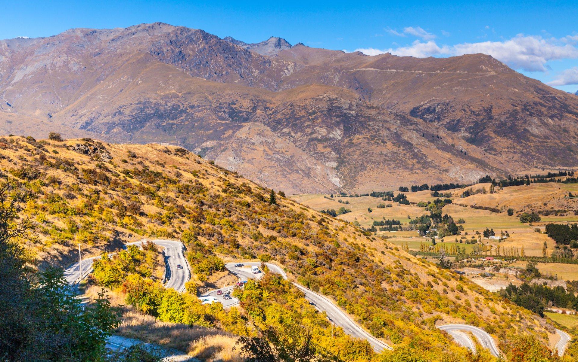 Crown Range Road in New Zealand - Best Season 2019