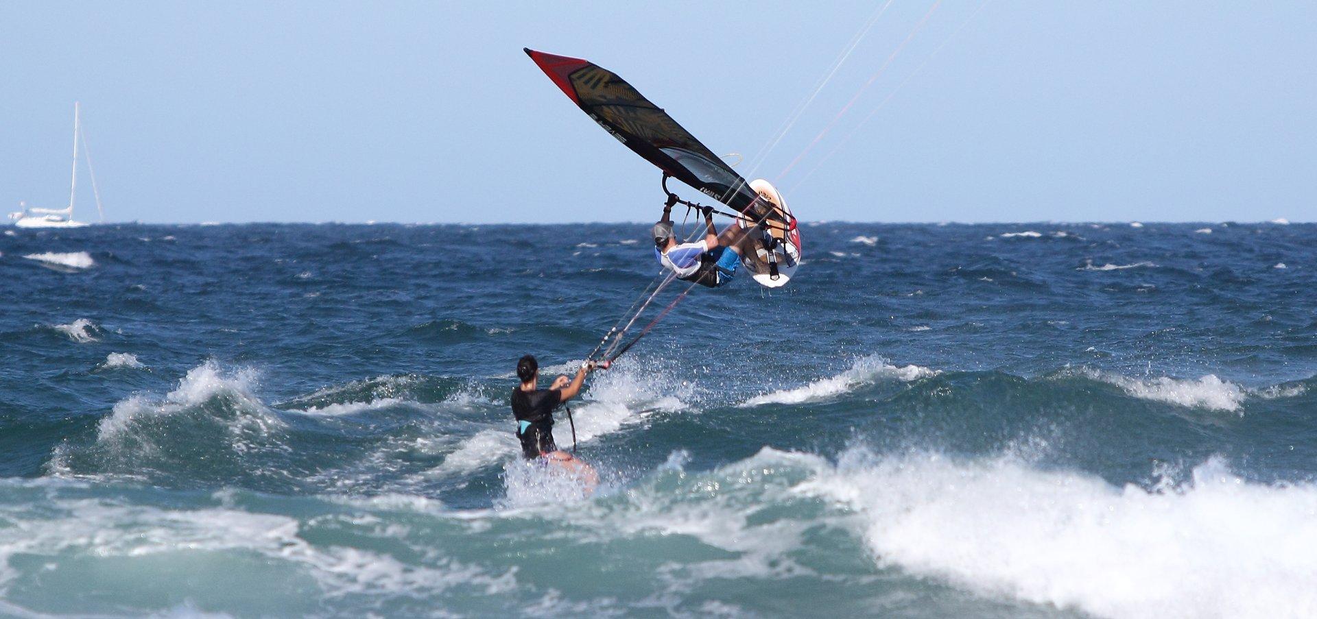 Best time for Kitesurfing and Windsurfing in Australia 2020