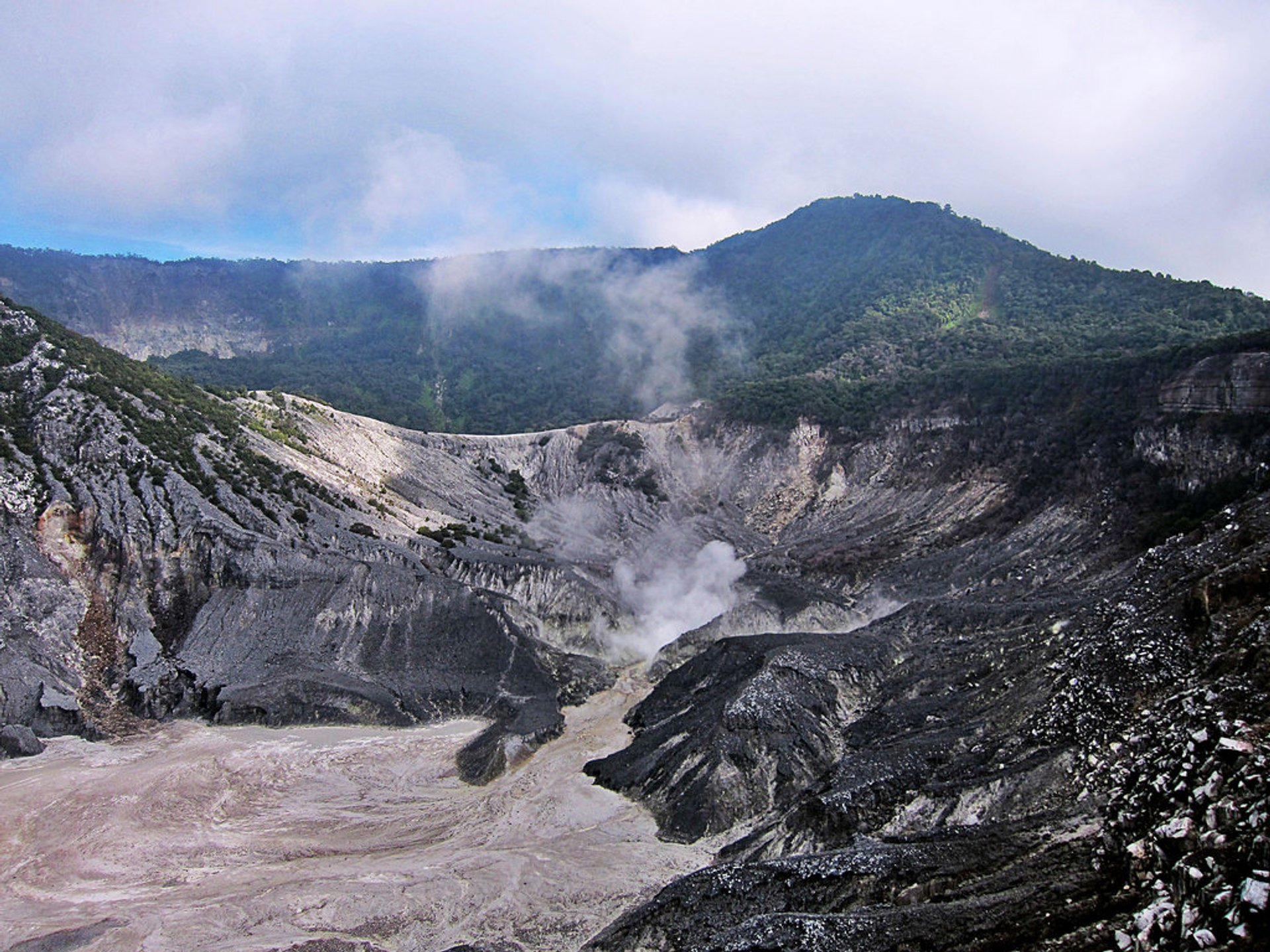 Tangkuban Perahu in Java 2019 - Best Time