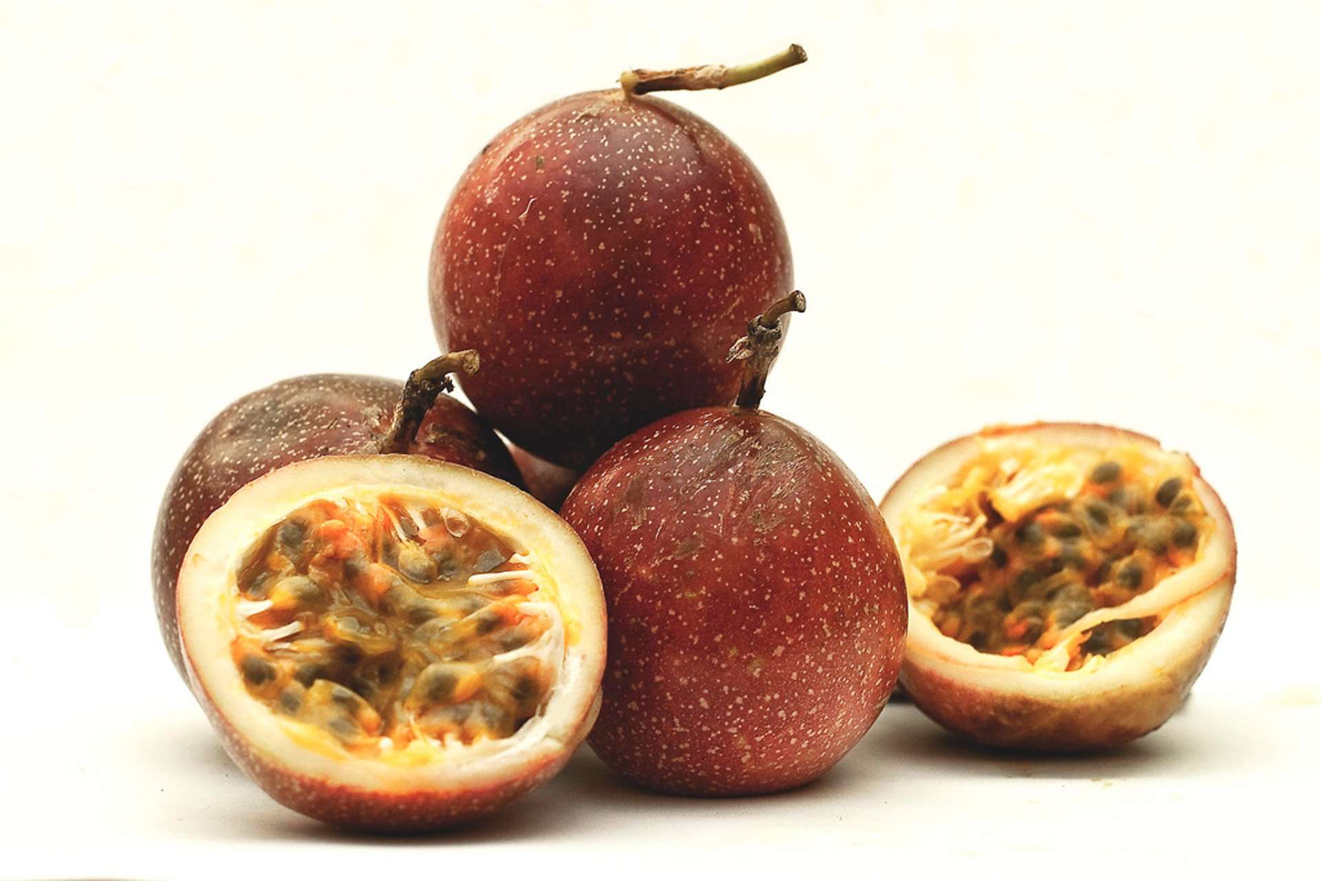 Best time for Passionfruit or Maracujá in Rio de Janeiro 2020
