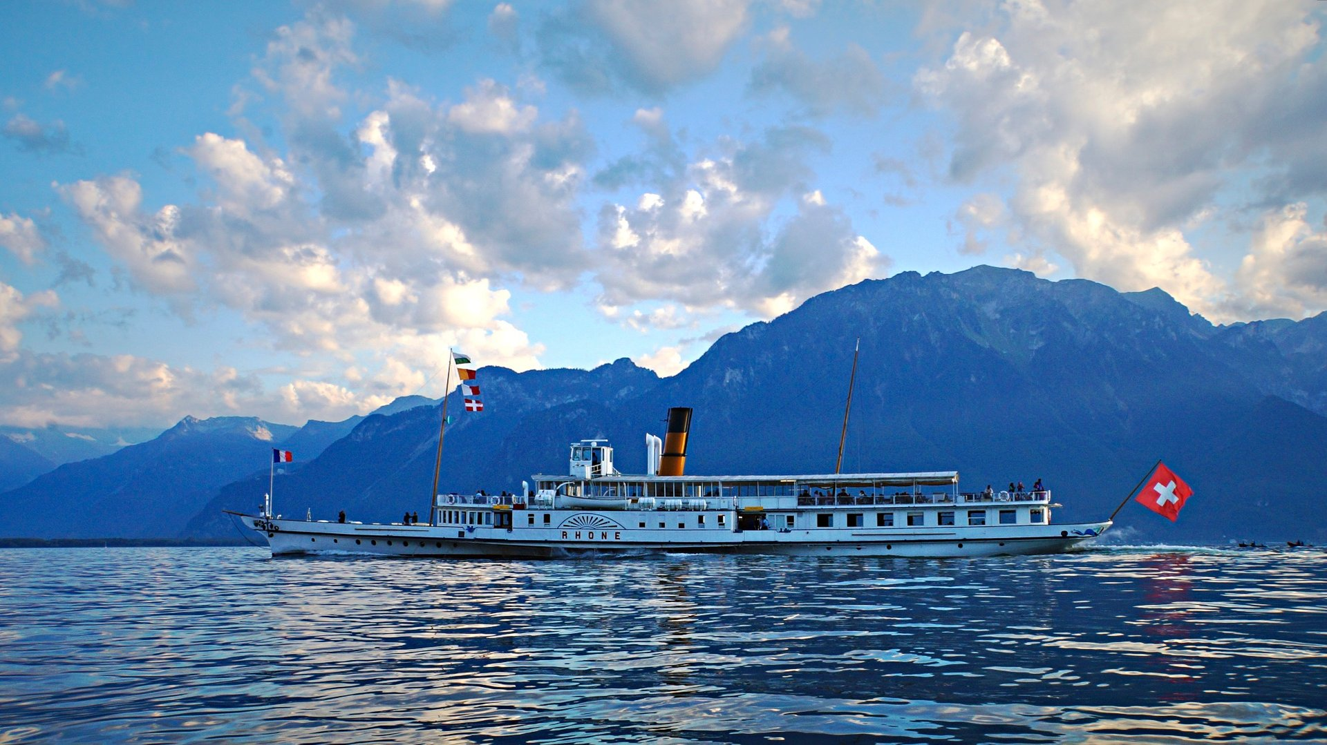 Lac Léman or Lake Geneva Cruise in Switzerland 2019 - Best Time