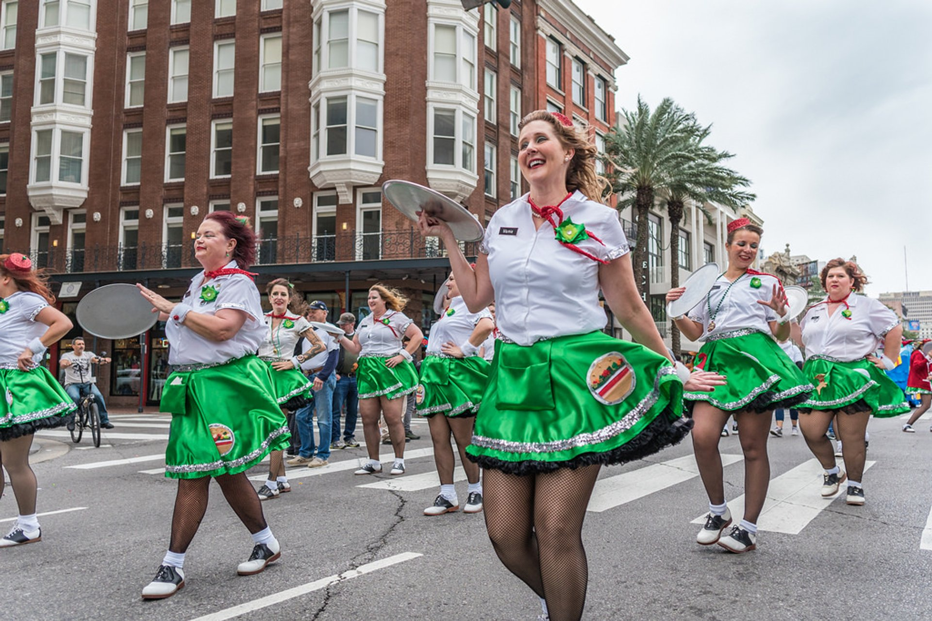 Best time for Krewe of Jingle Parade in New Orleans 2019