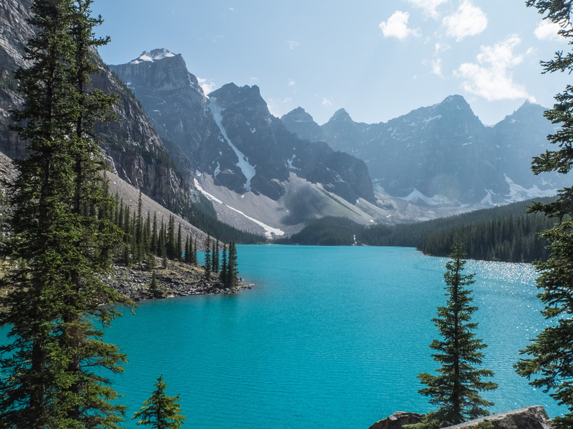 Moraine Lake in Banff & Jasper National Parks - Best Season 2019