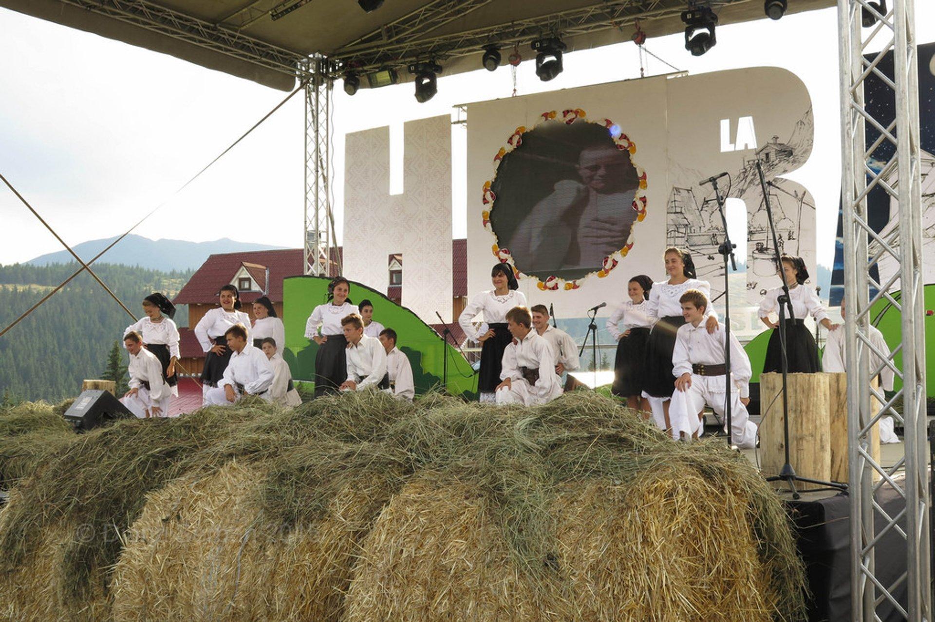 Prislop Pass Folk Festival in Romania - Best Season