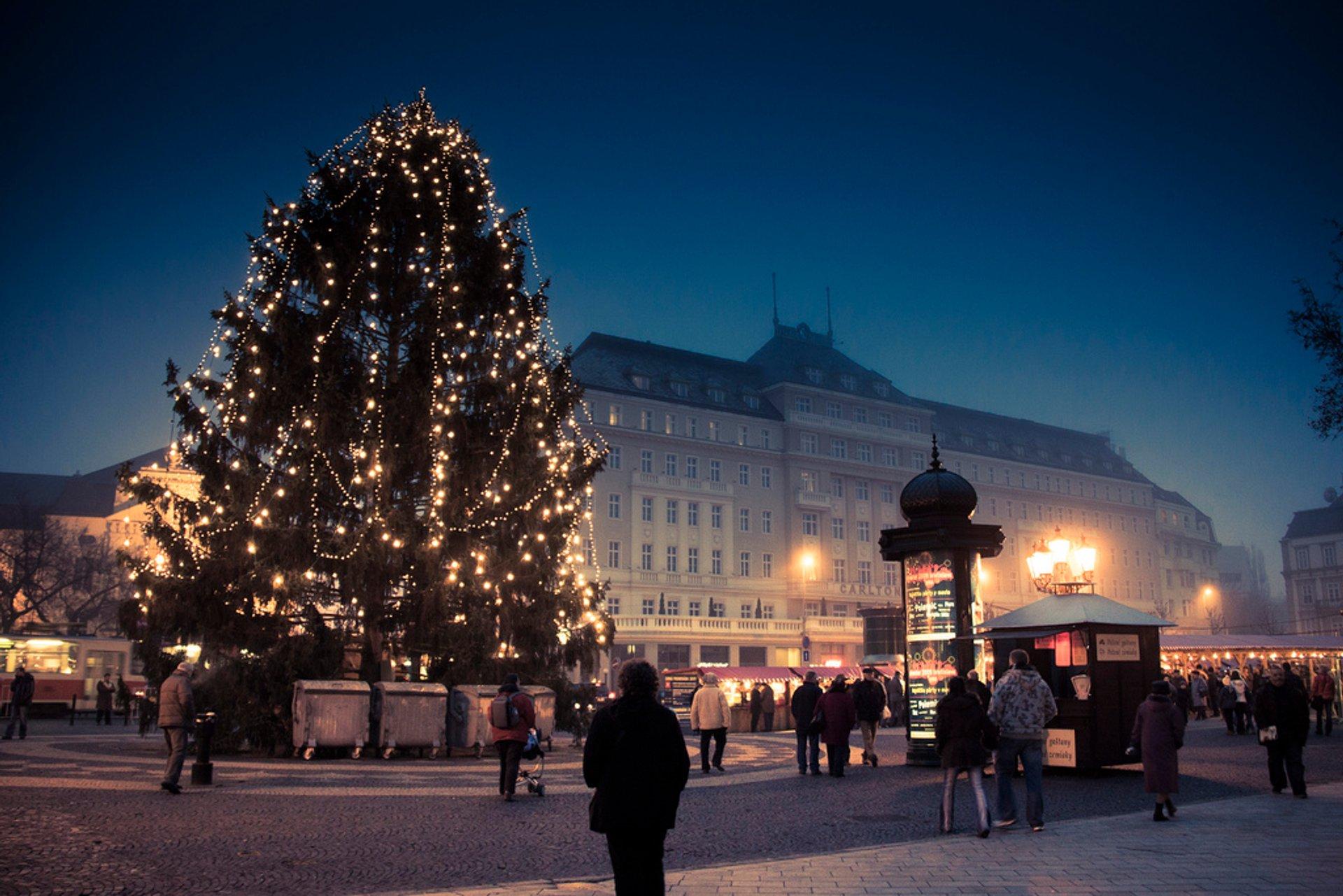 Bratislava Christmas Market (Vianočné Trhy) in Slovakia 2019 - Best Time
