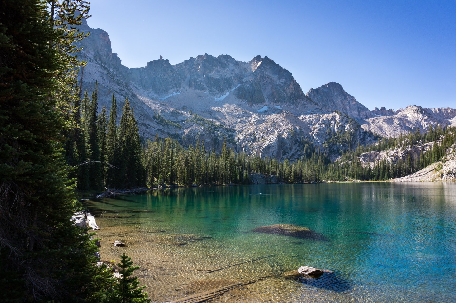 Sawtooth Mountains in Idaho 2020 - Best Time