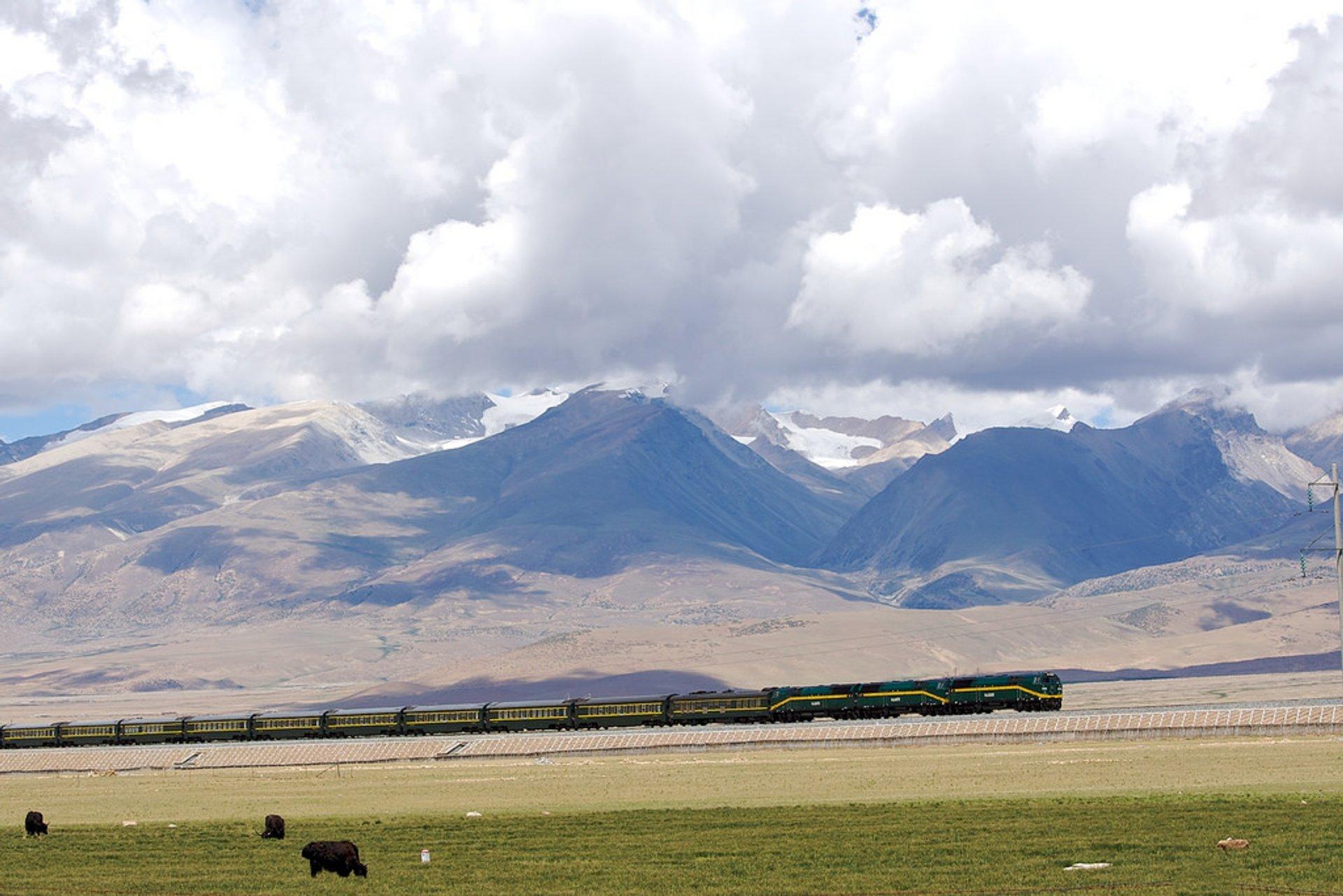 Qinghai-Tibet Railway in Tibet 2019 - Best Time