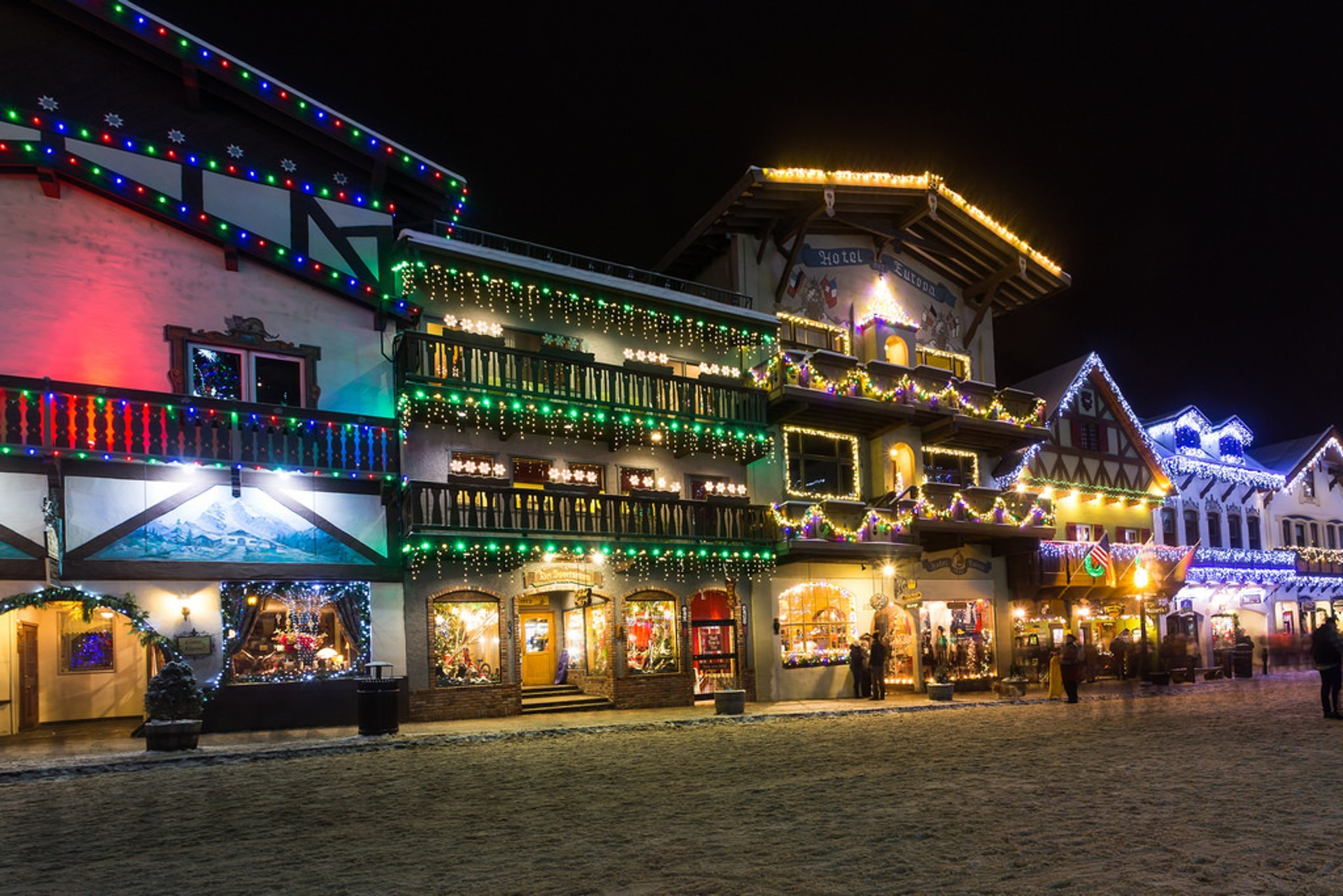 Best time to see Leavenworth Christmas Lighting Festival in Seattle 2019