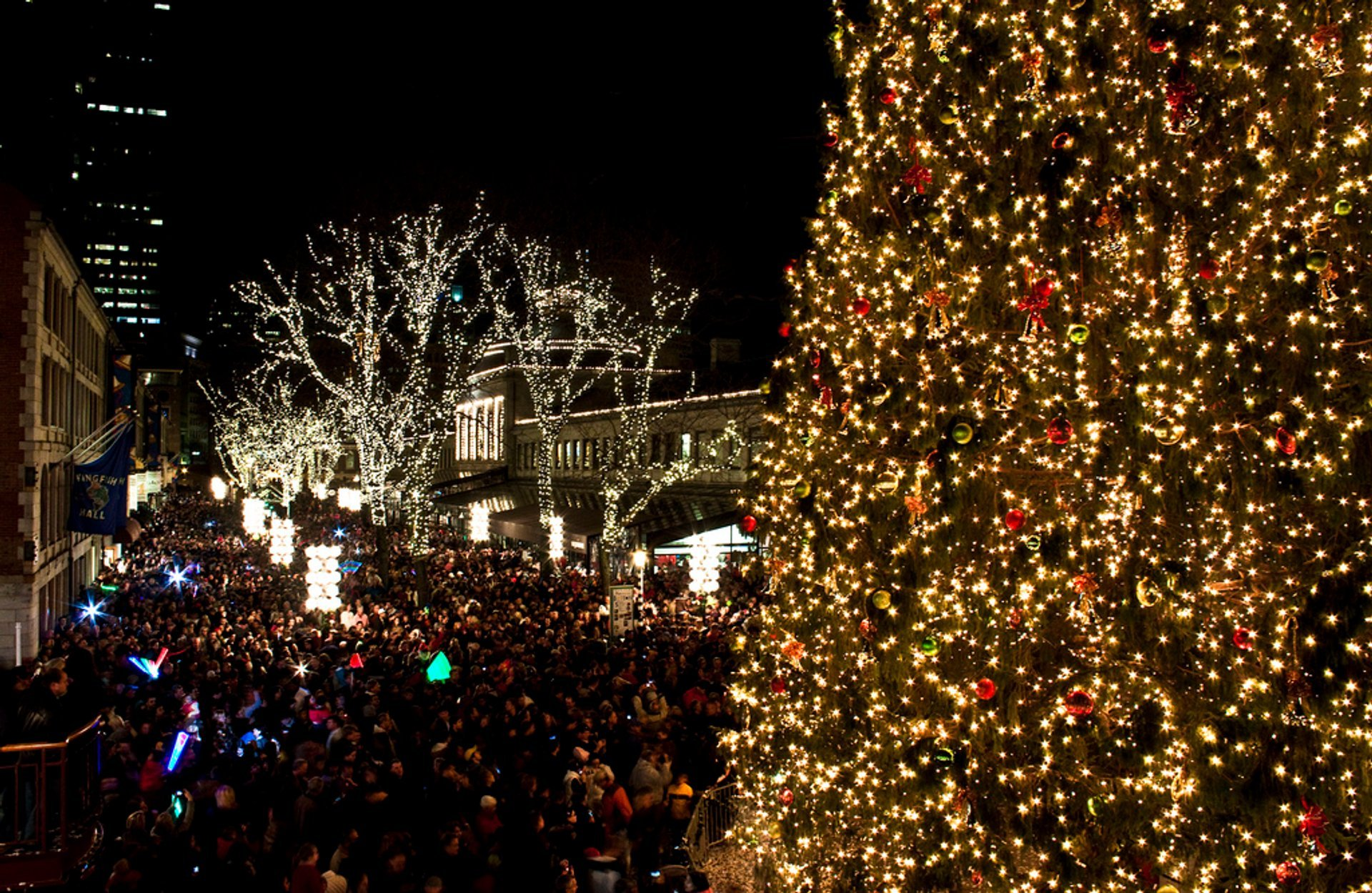 Faneuil Hall Christmas Tree Lighting 2019 Christmas Tree Lighting 2019 in Boston   Dates & Map