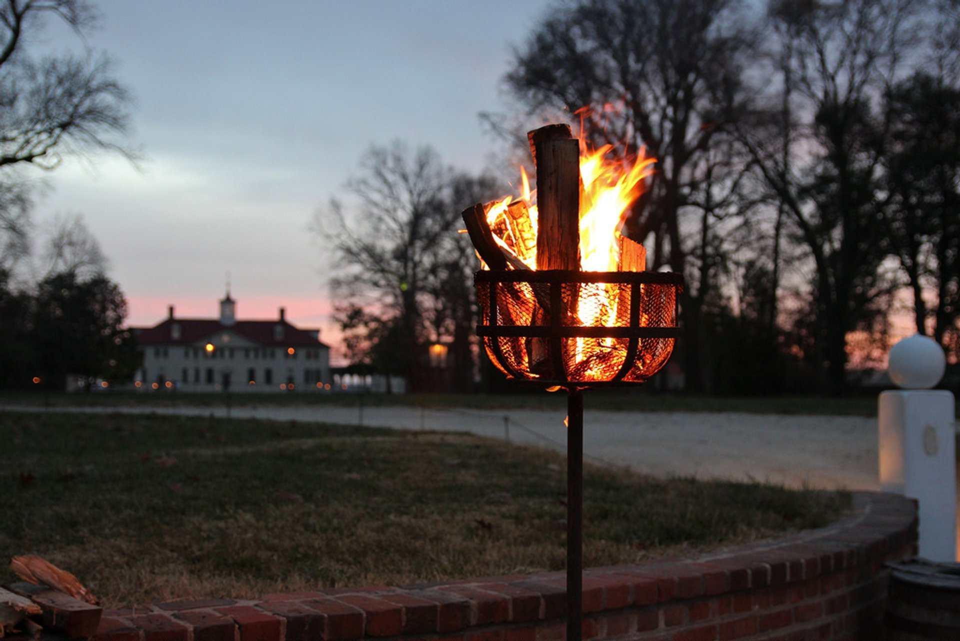 Mount Vernon by Candlelight 2019